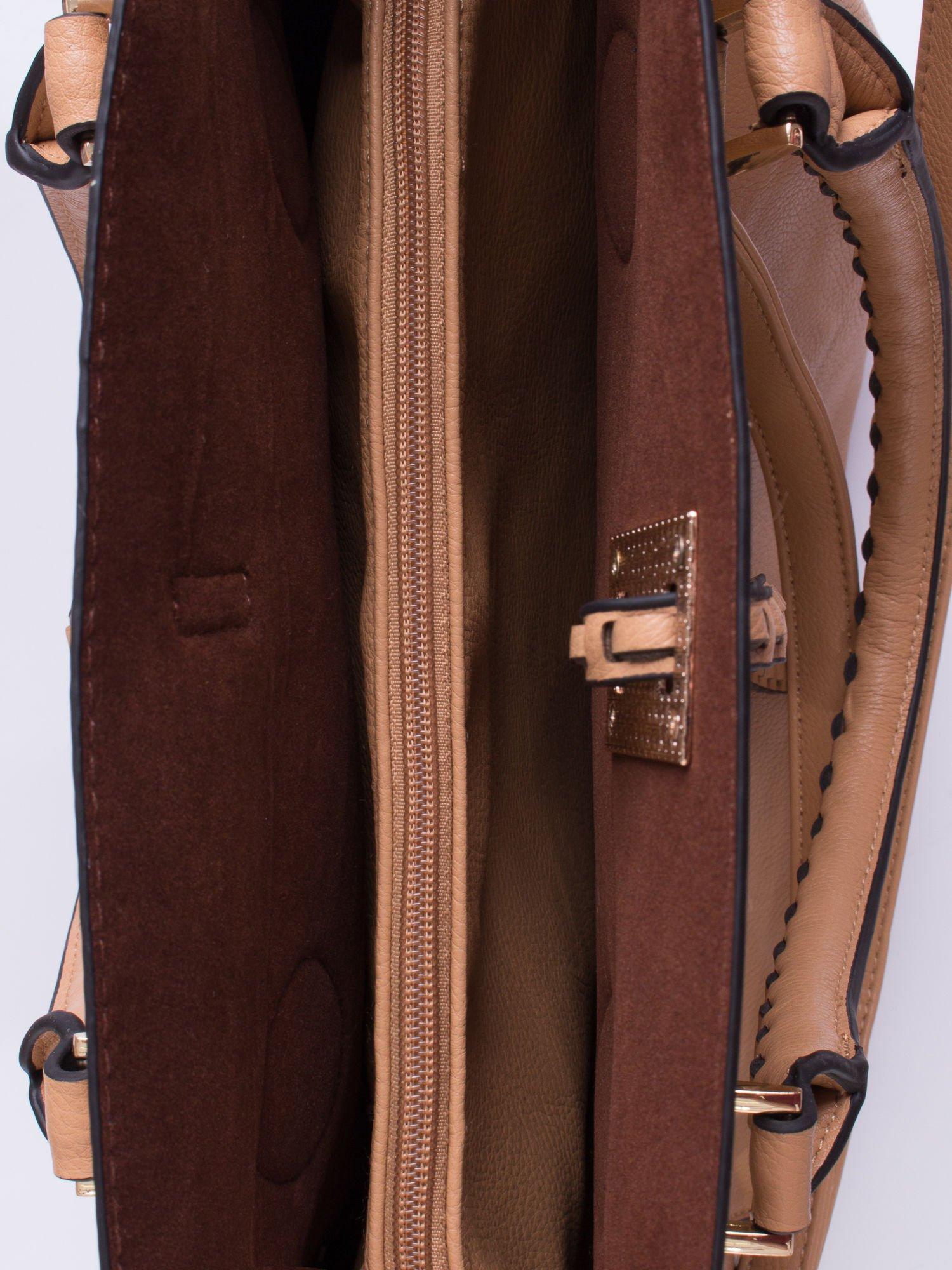 Beżowa torba z ozdobnymi skórzanymi troczkami                                  zdj.                                  5