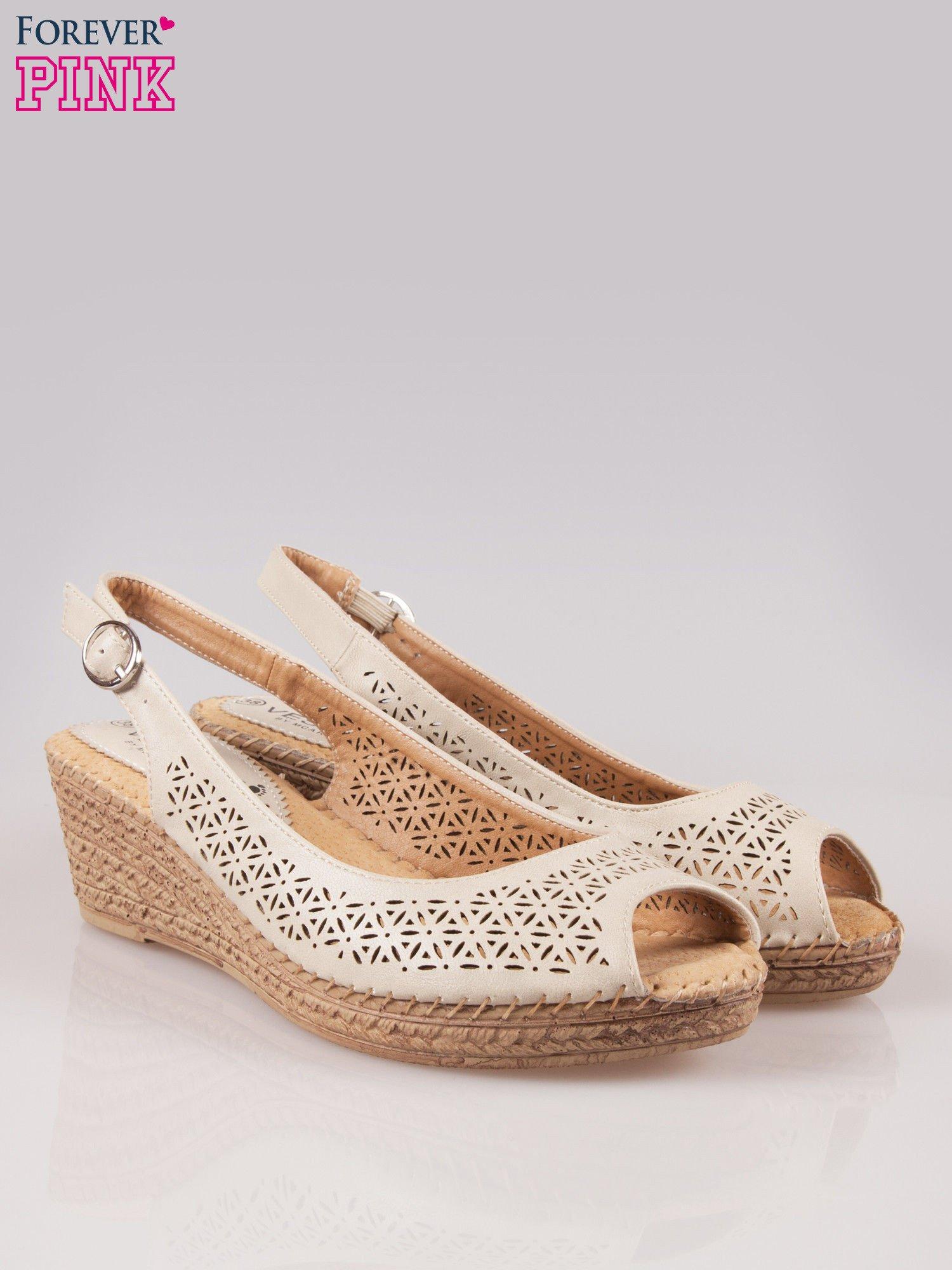 Beżowe ażurowe sandały peep toe na korkowym koturnie Lovina                                  zdj.                                  2