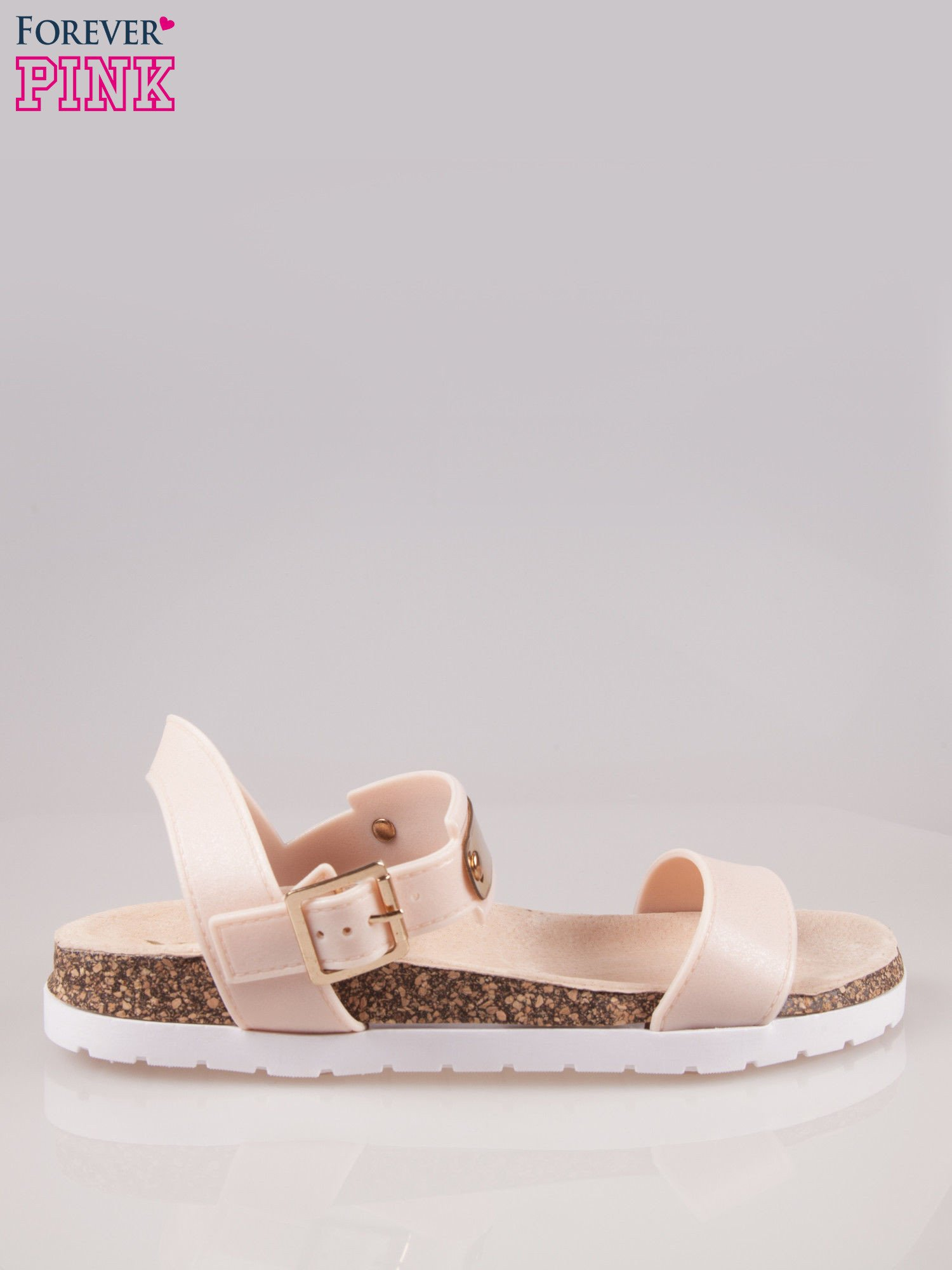 Beżowe płaskie sandały z blaszką na korkowej podeszwie                                  zdj.                                  1