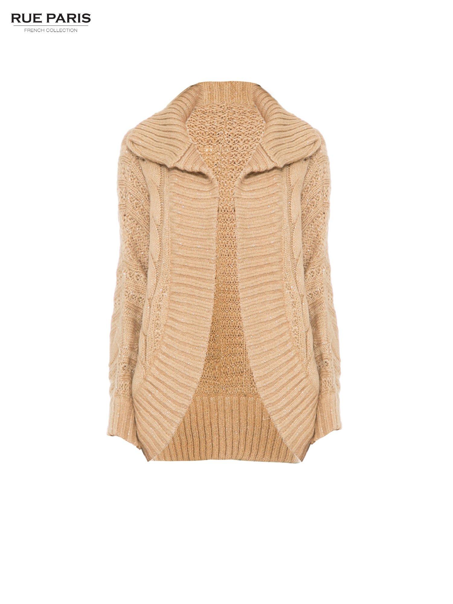 Beżowy dziergany sweter typu kardigan przeplatany błyszczącą nicią                                  zdj.                                  5
