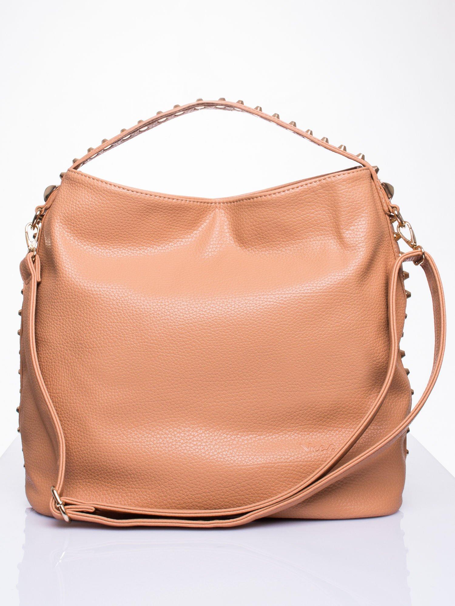 0c0457005e80f Beżowy torba miejska ze złotymi ćwiekami - Akcesoria torba - sklep eButik.pl