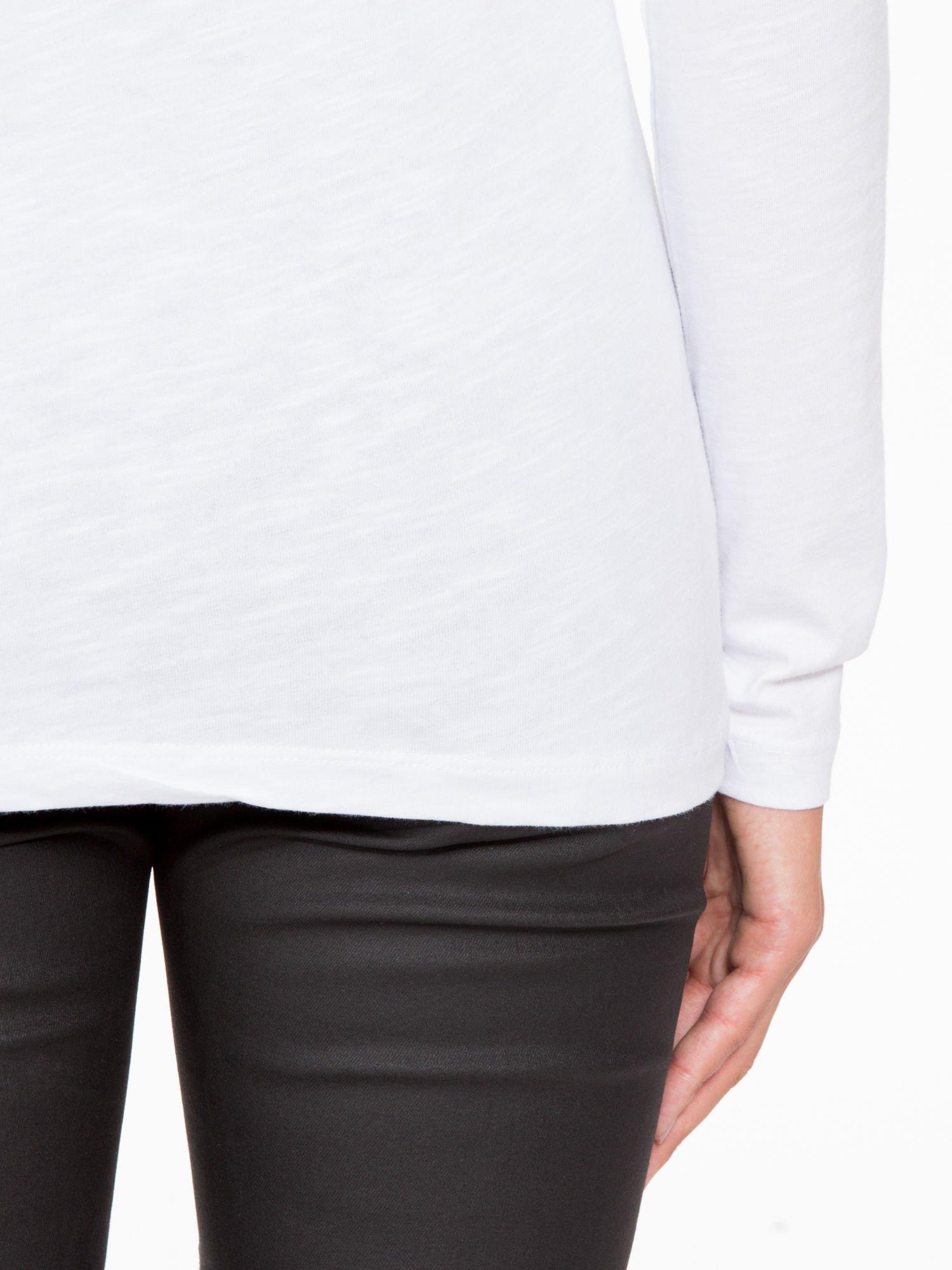 Biała basicowa bluzka z długim rękawem                                  zdj.                                  9