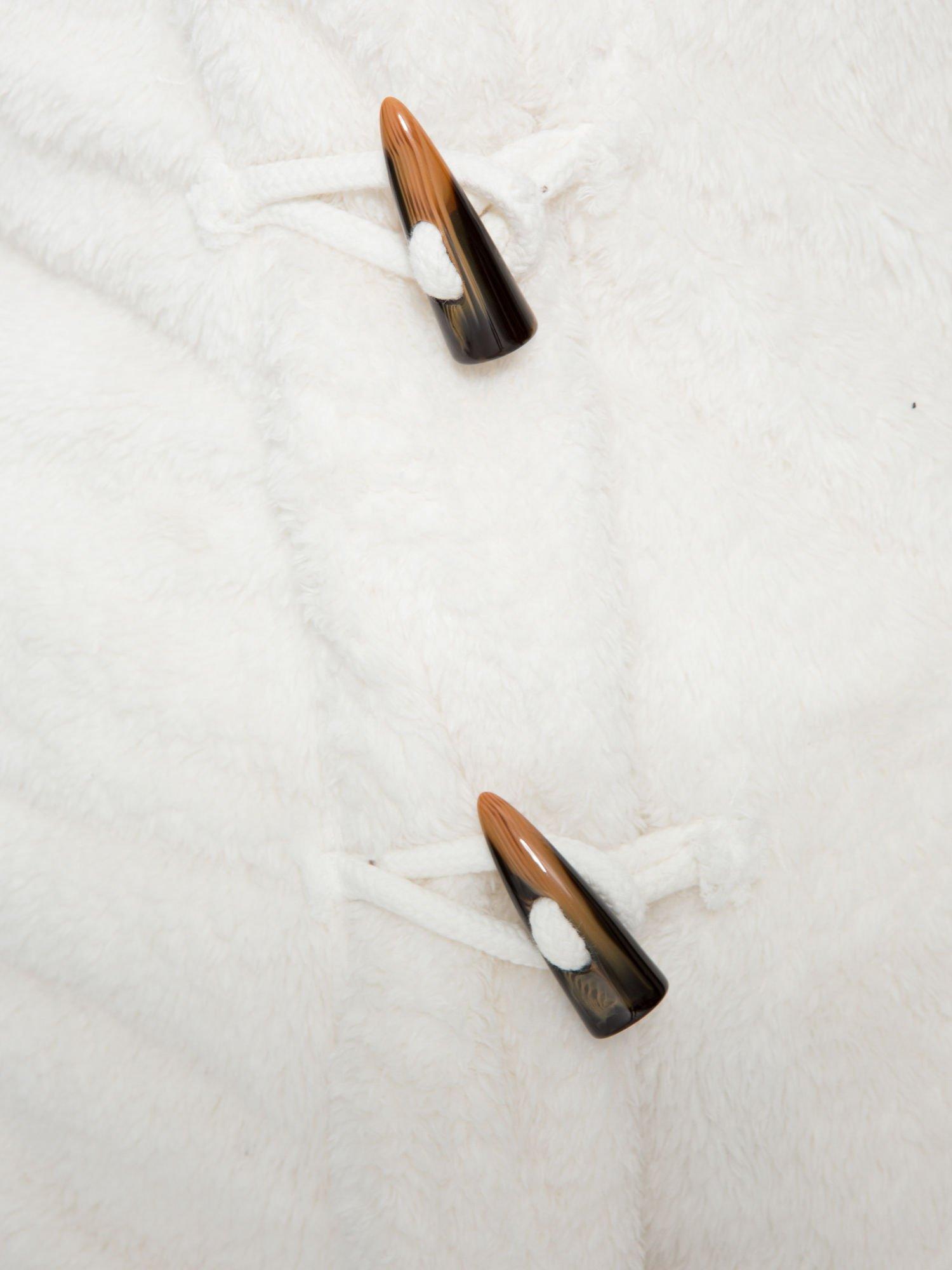 Biała bluza misiek z kapturem i pomponami                                  zdj.                                  10