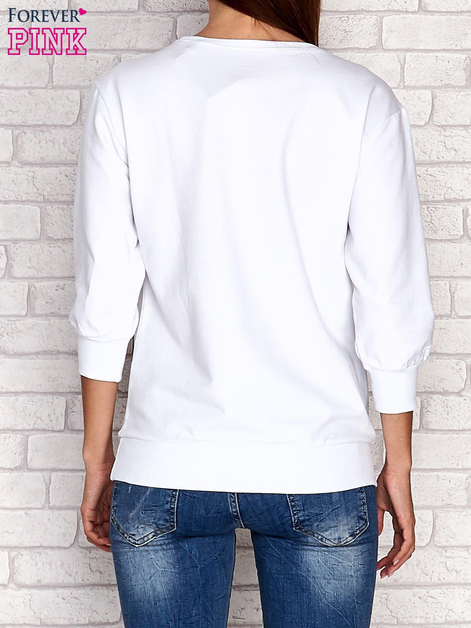 Biała bluza z nadrukiem pandy                                  zdj.                                  2