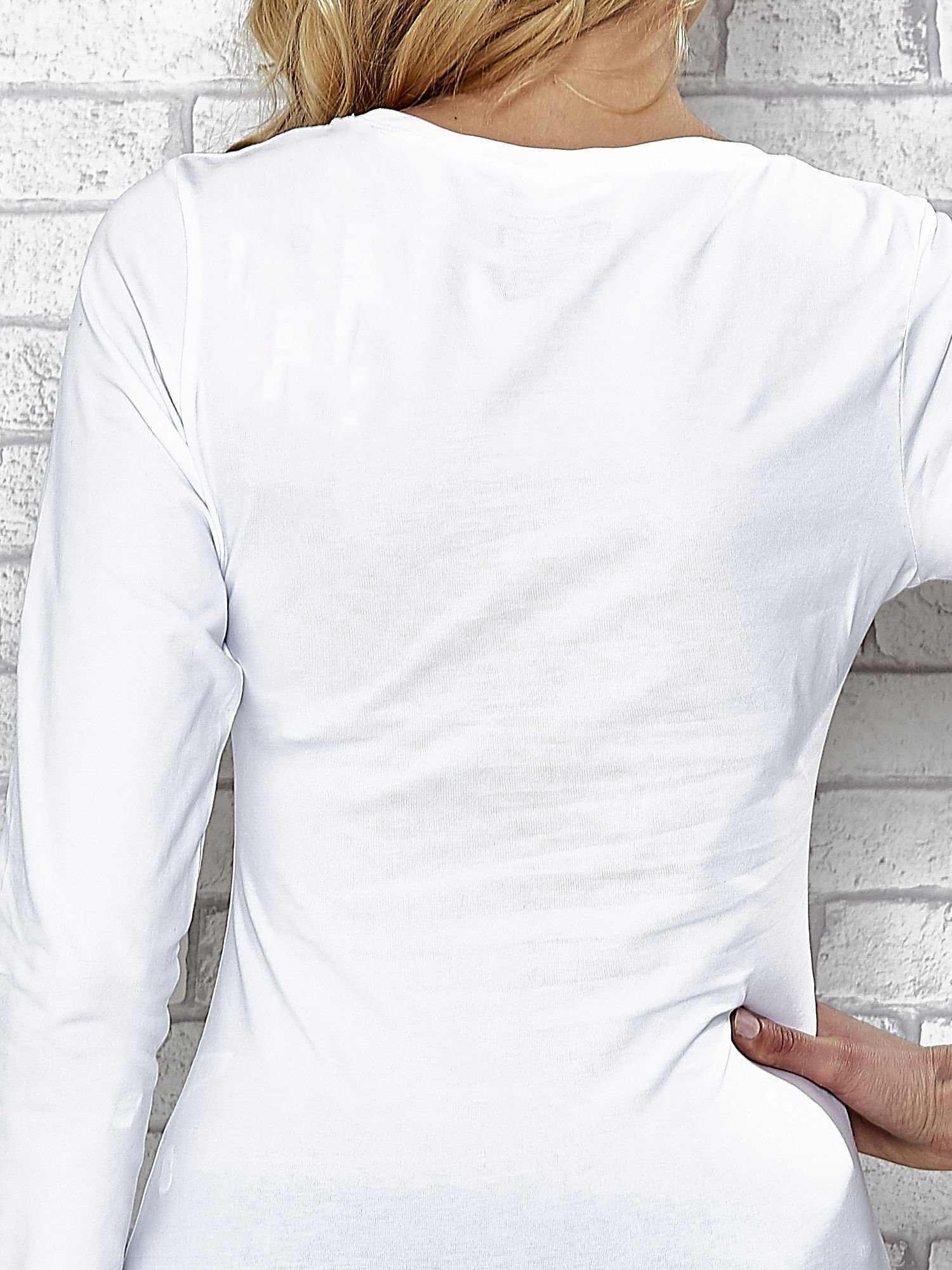 Biała bluzka sportowa z dekoltem U                                  zdj.                                  7
