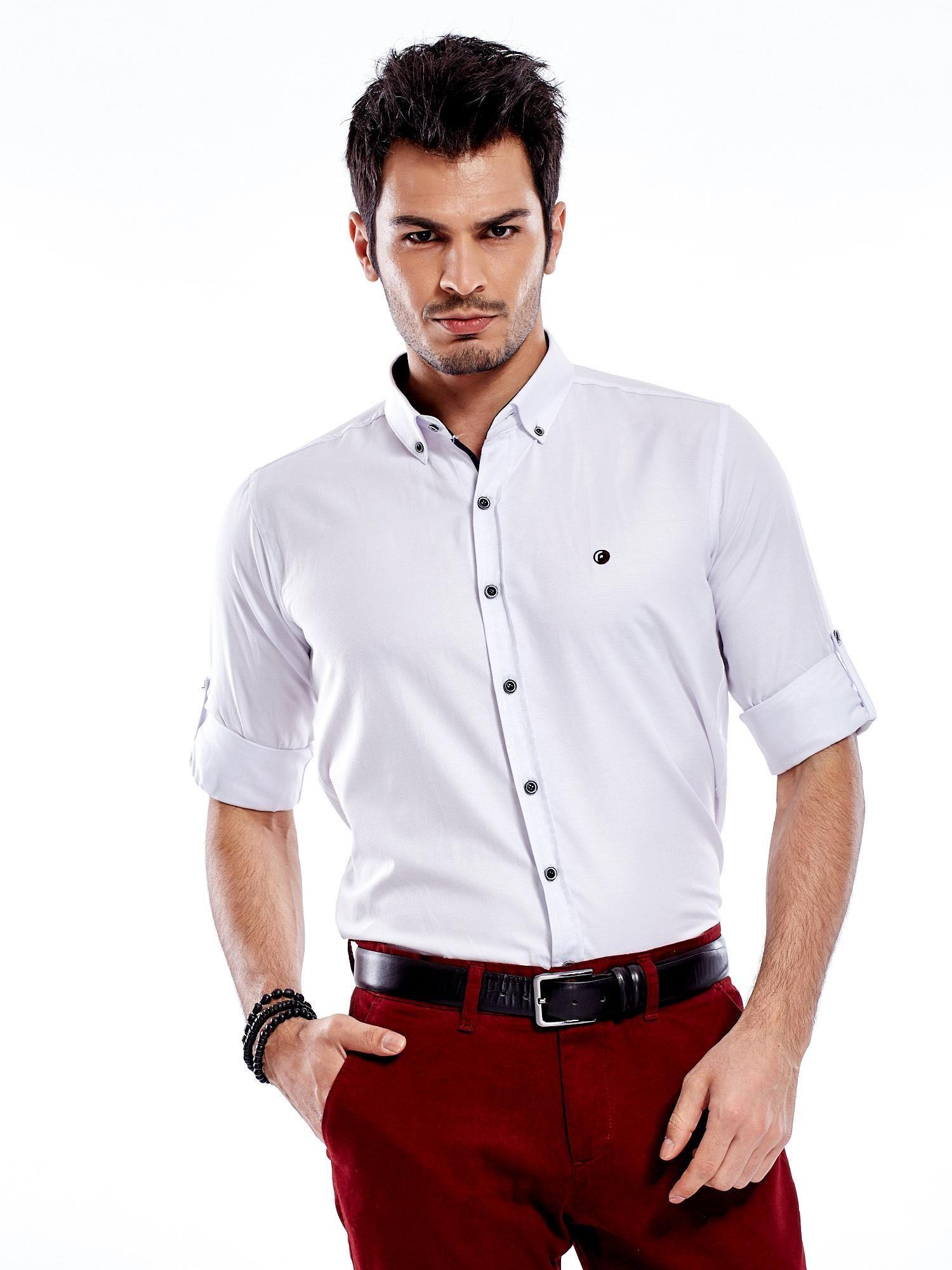 c90269160c6fdf Biała koszula męska regular fit z podwijanymi rękawami - Mężczyźni ...
