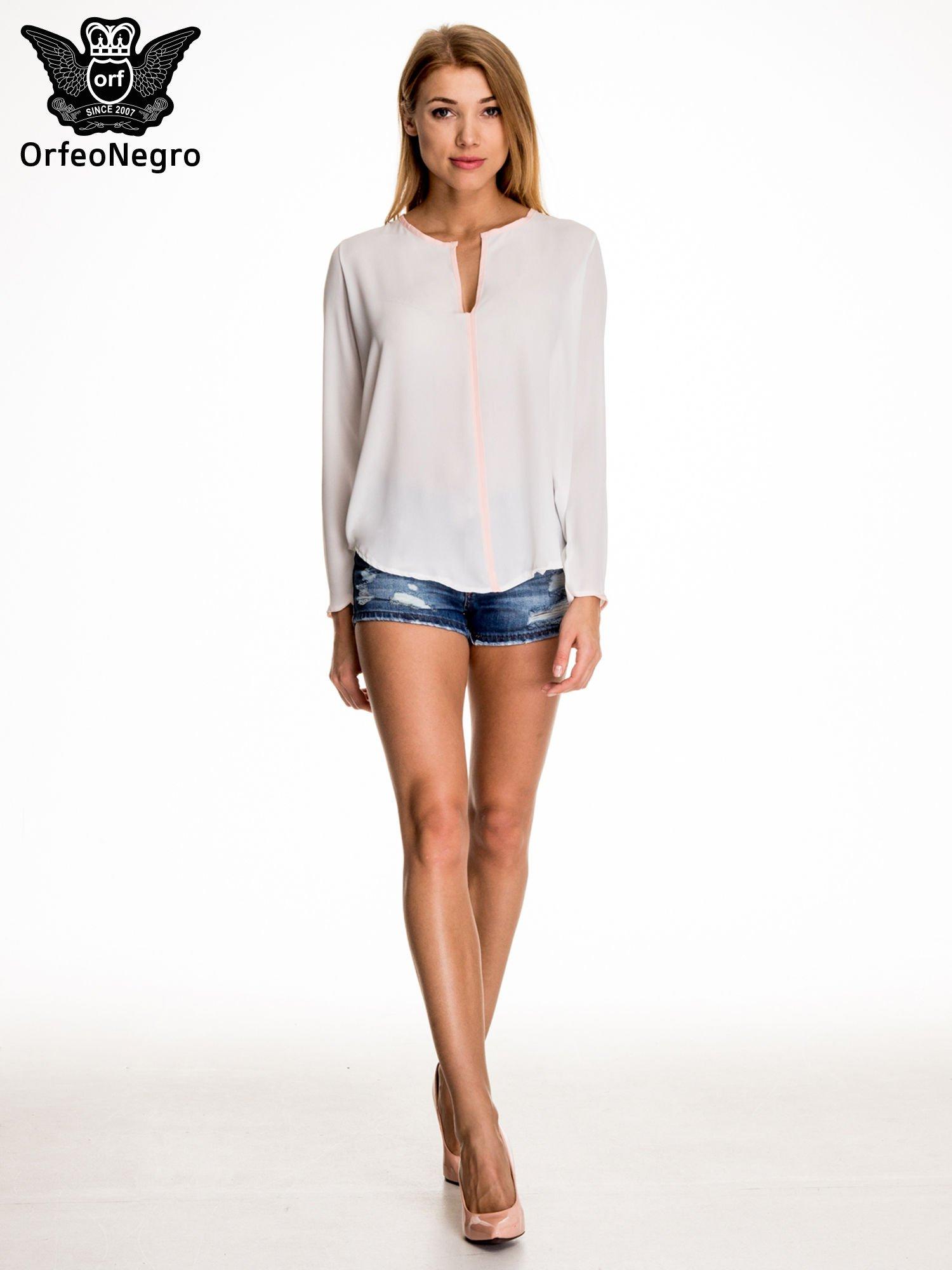 Biała minimalistyczna koszula z różową listwą                                  zdj.                                  2