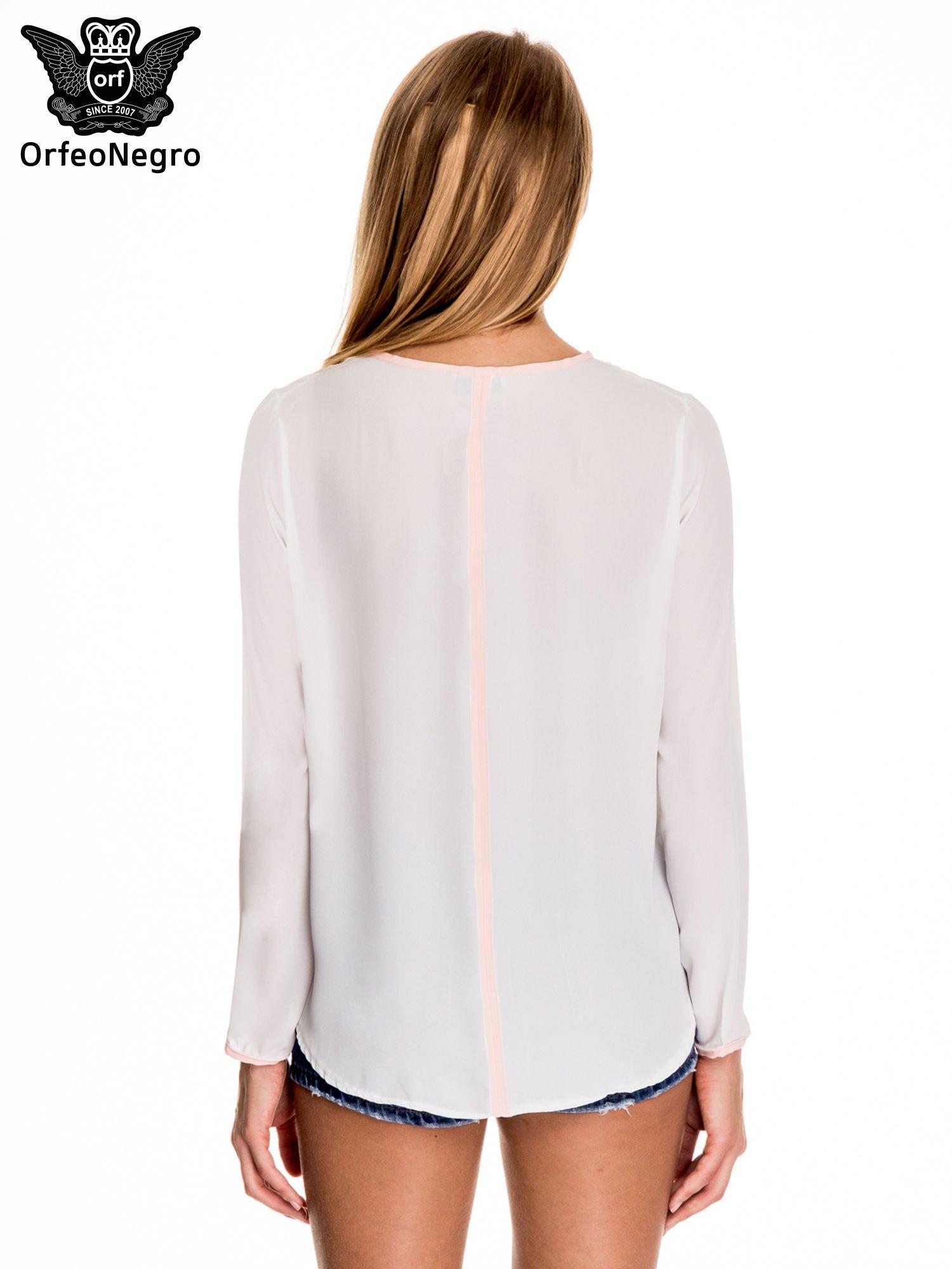 Biała minimalistyczna koszula z różową listwą                                  zdj.                                  4
