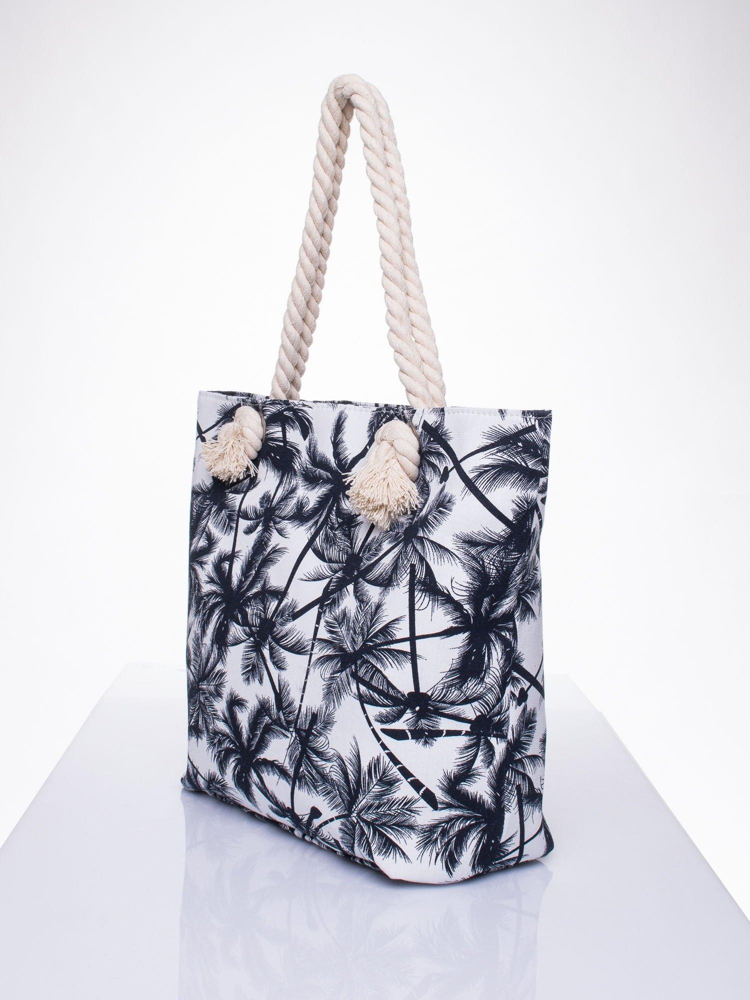 Biała plażowa torba w palmy na sznurku                                  zdj.                                  2