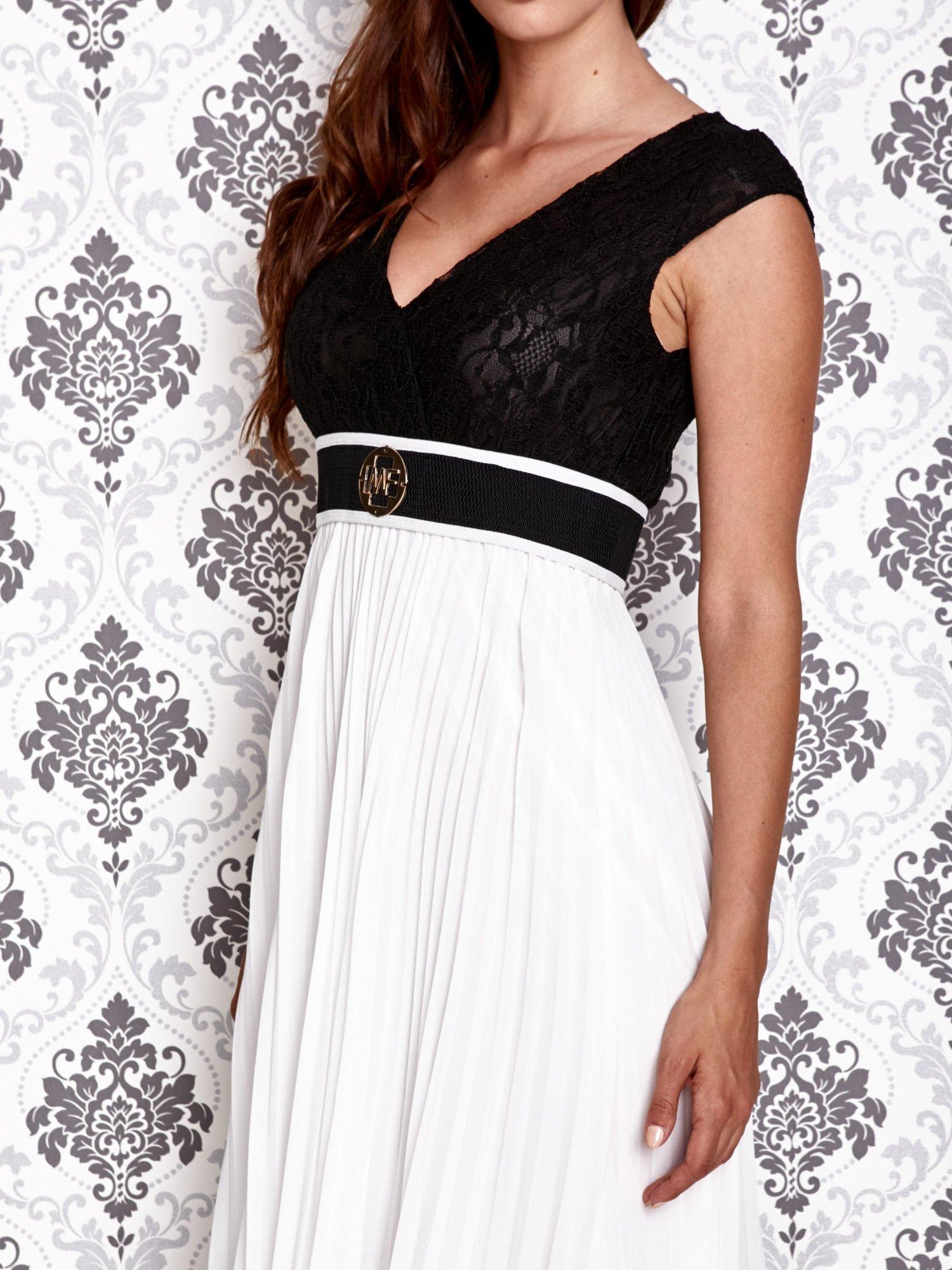 Biała sukienka maxi z koronkową górą i klamrą                                  zdj.                                  6