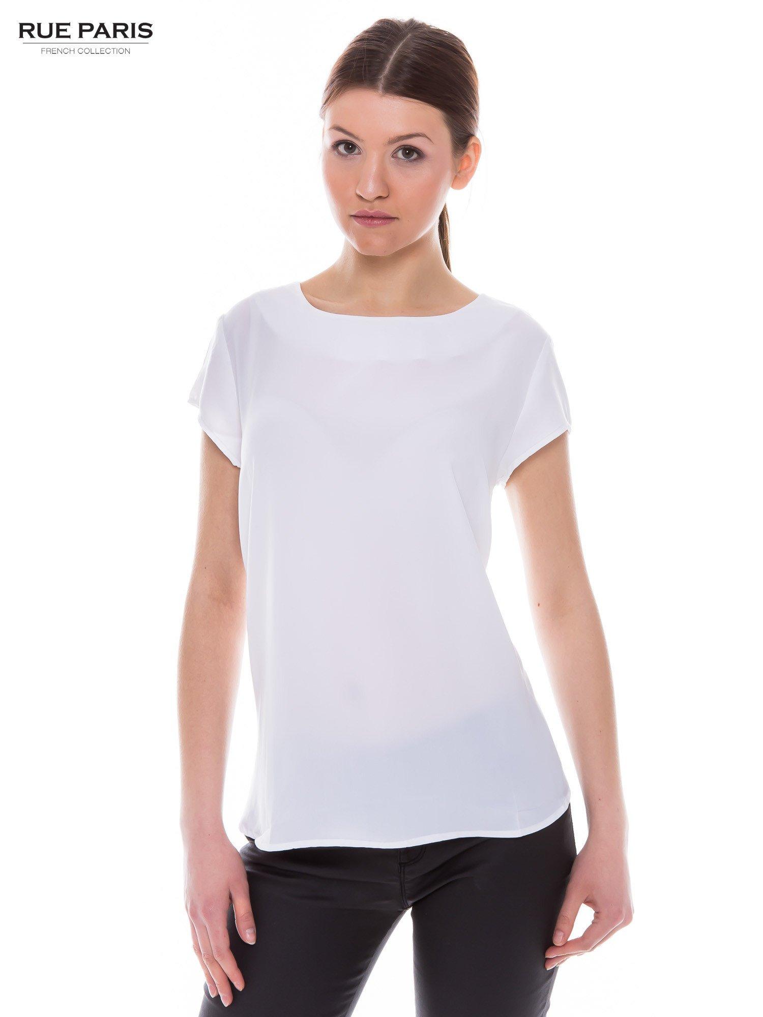 Biała zwiewna koszula z dłuższym tyłem                                  zdj.                                  1