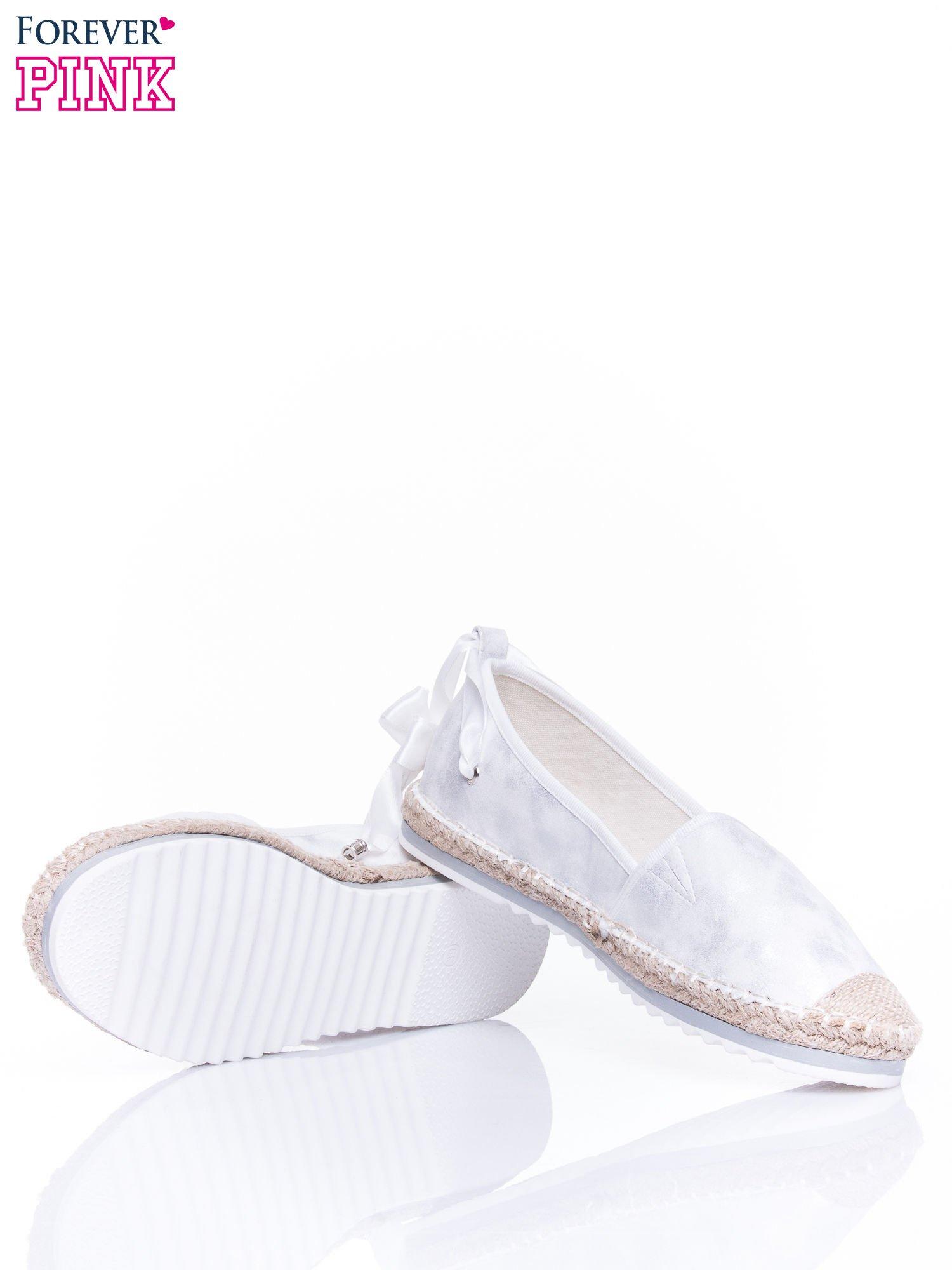 Białe wiązane espadryle lace up                                  zdj.                                  4