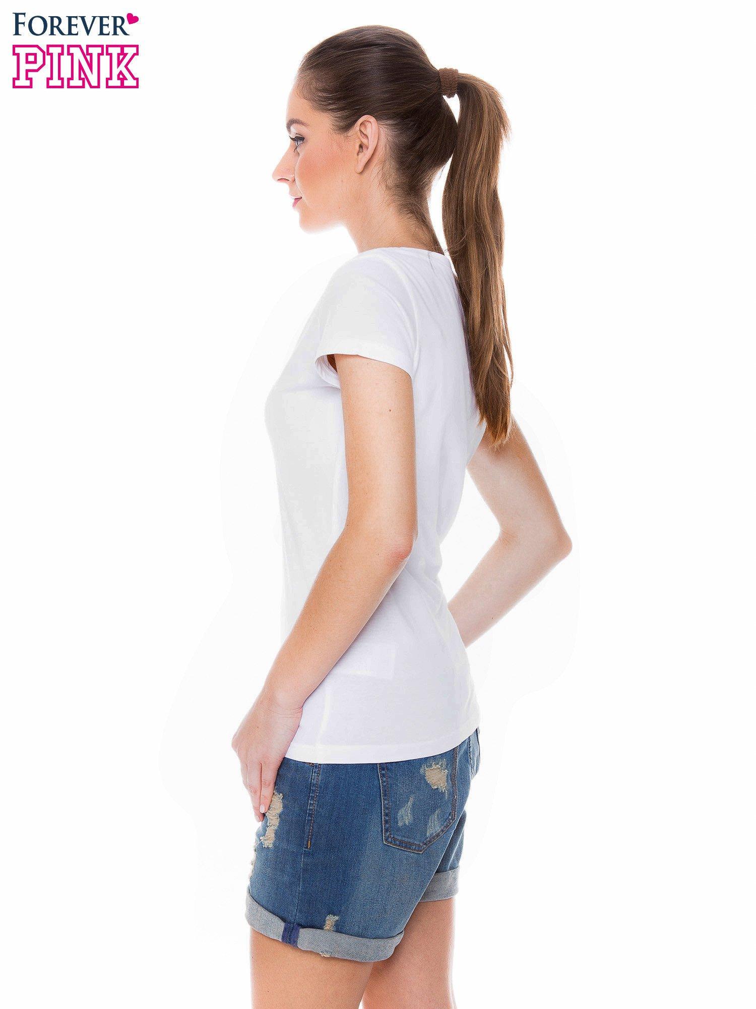 Biały basicowy t-shirt z dekoltem w serek                                  zdj.                                  3