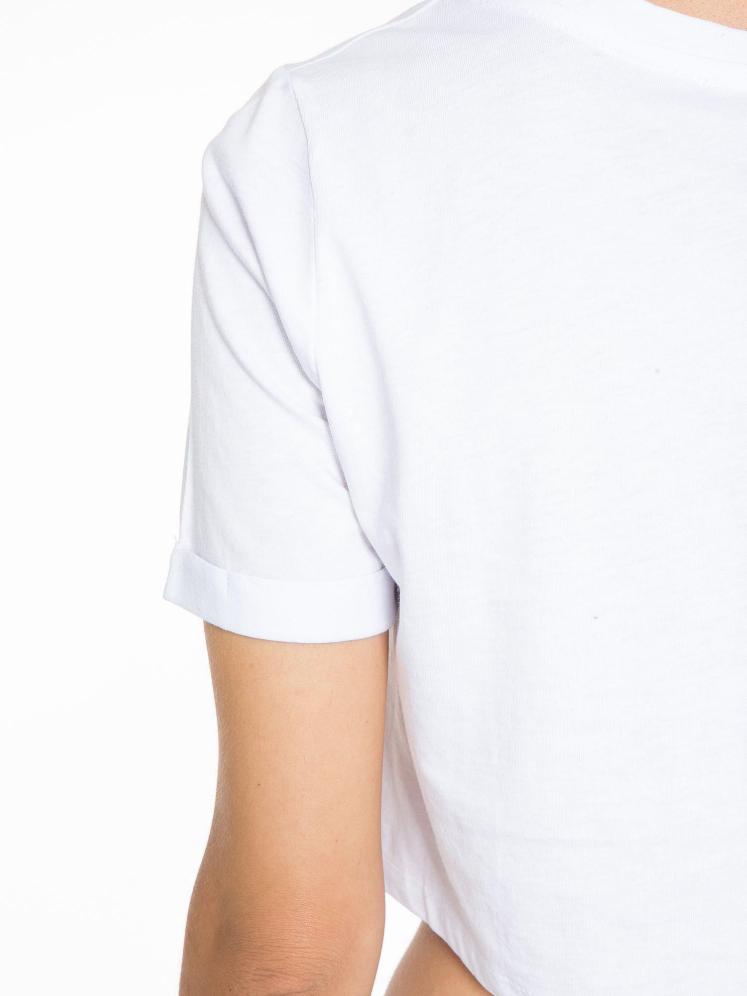Biały cropped t-shirt z napisem BOY LONDON                                  zdj.                                  9