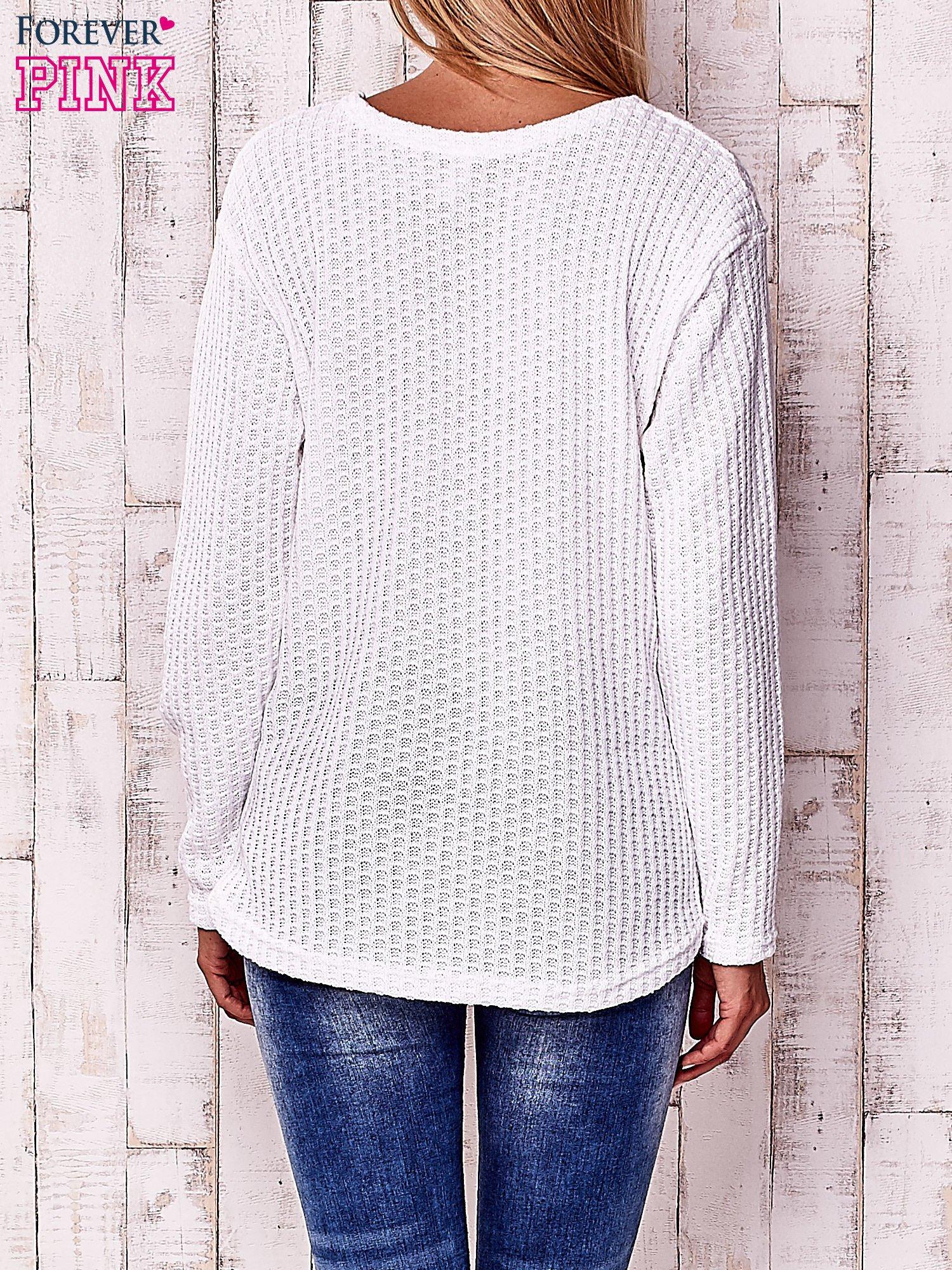 Biały dzianinowy sweter                                   zdj.                                  4