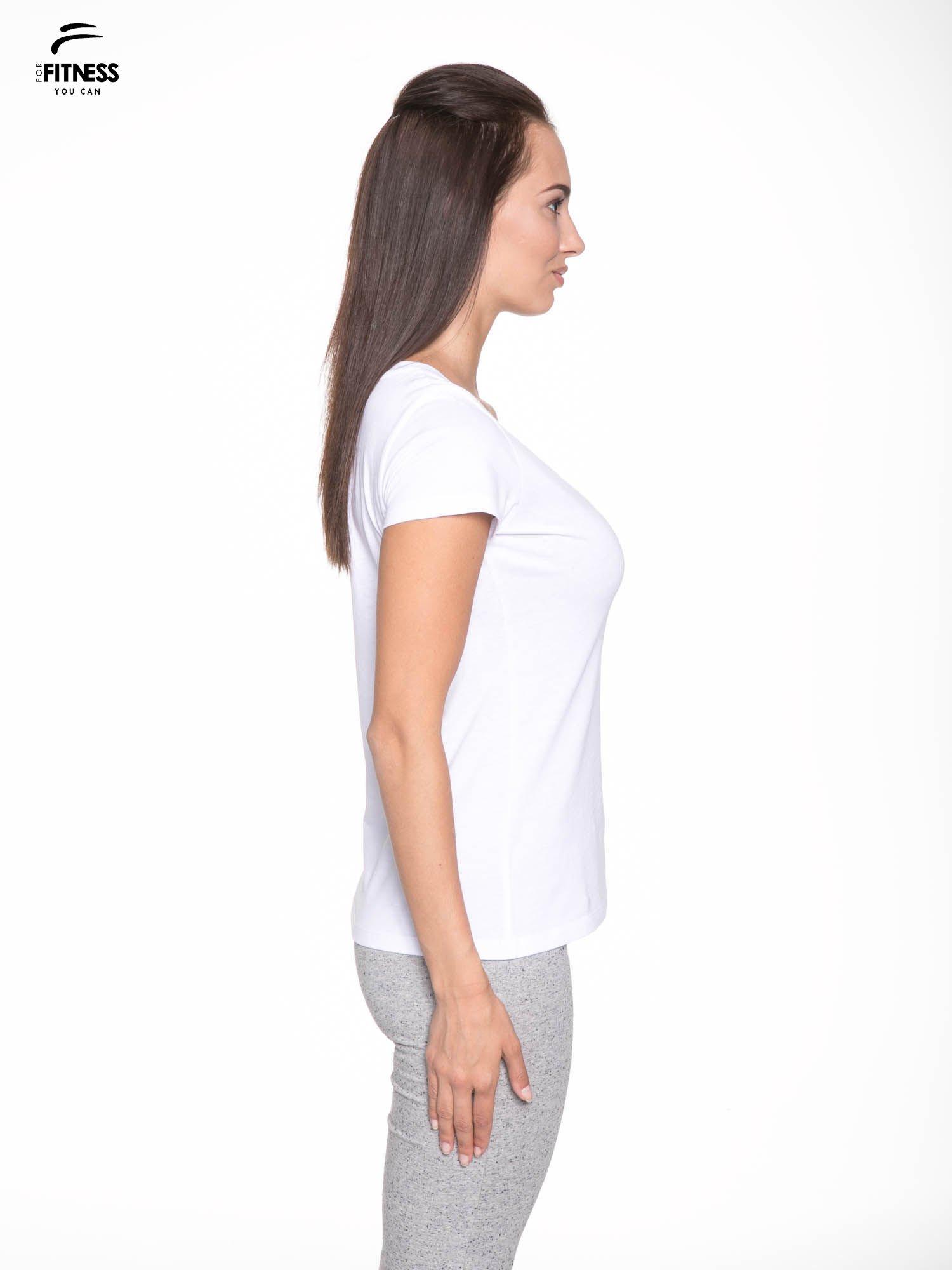 Biały gładki t-shirt z dekoltem w serek                                  zdj.                                  3