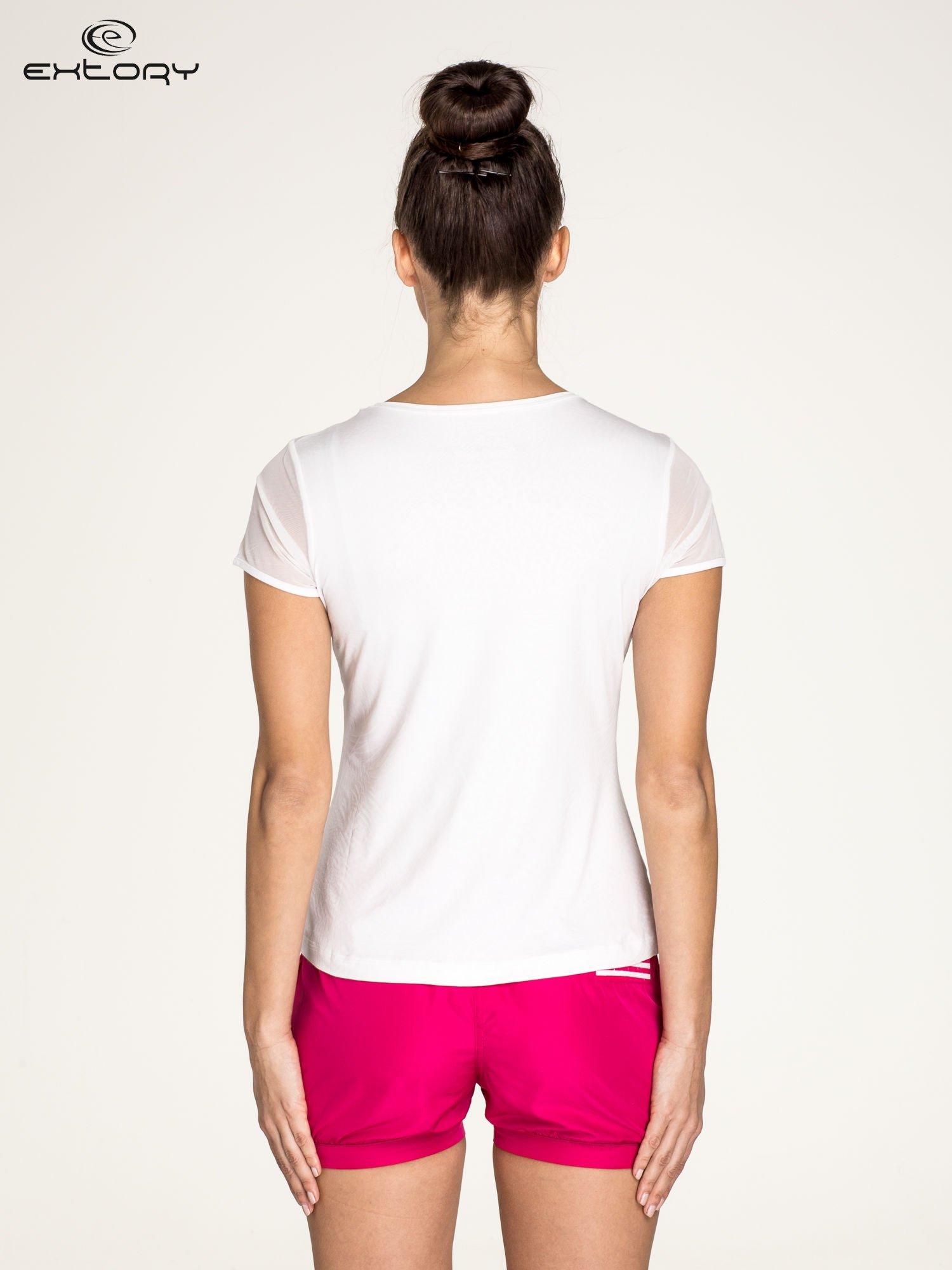 Biały panterkowy t-shirt sportowy PLUS SIZE                                  zdj.                                  4