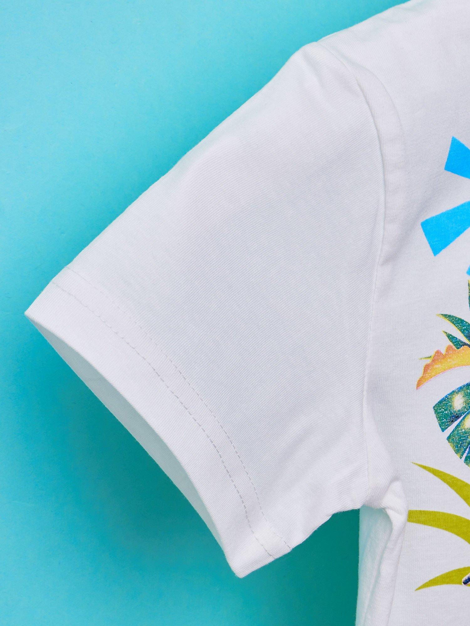 Biały t-shirt chłopięcy KRÓL JULIAN                                  zdj.                                  5