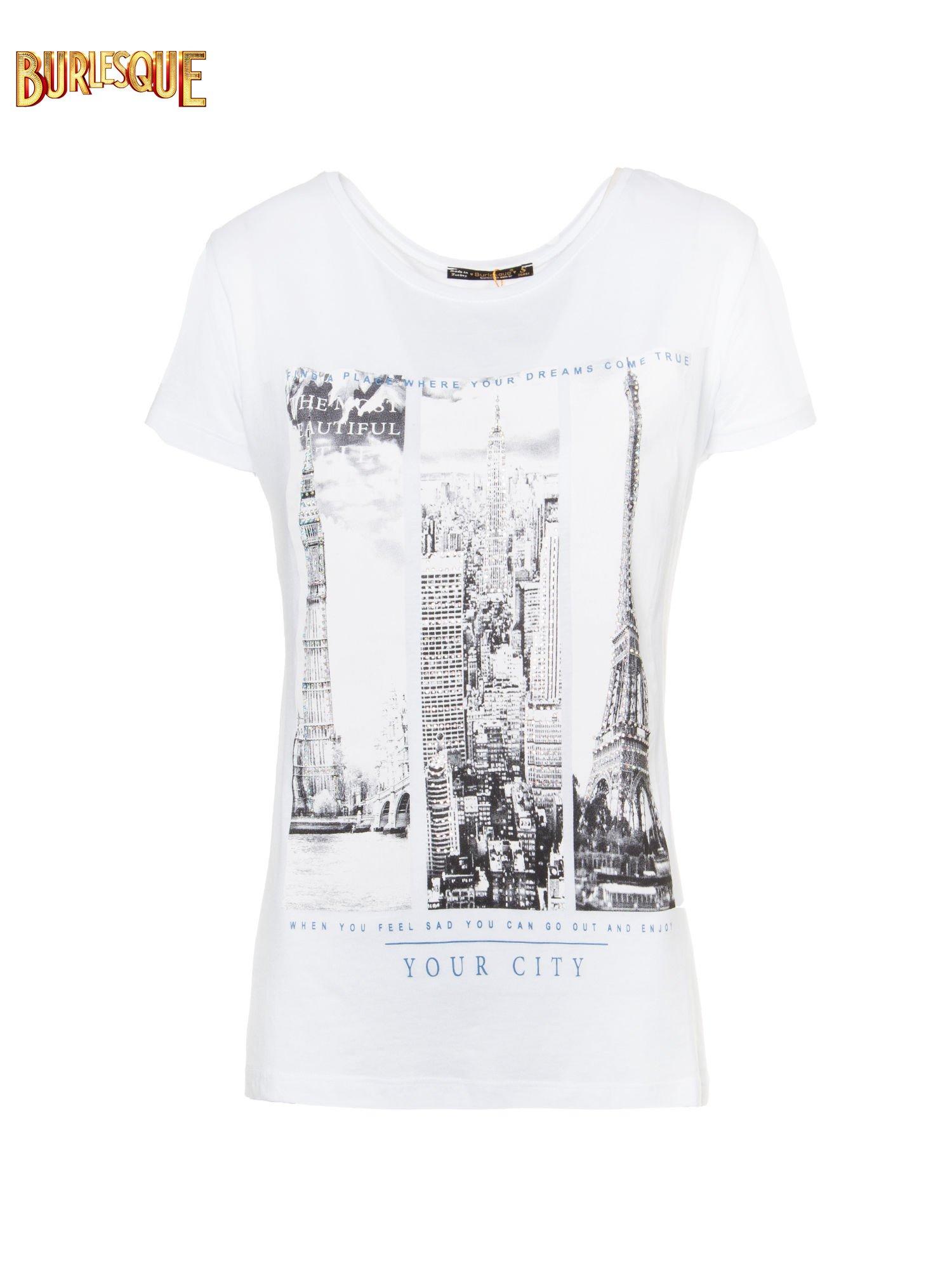 Biały t-shirt z fotografiami miast                                  zdj.                                  1