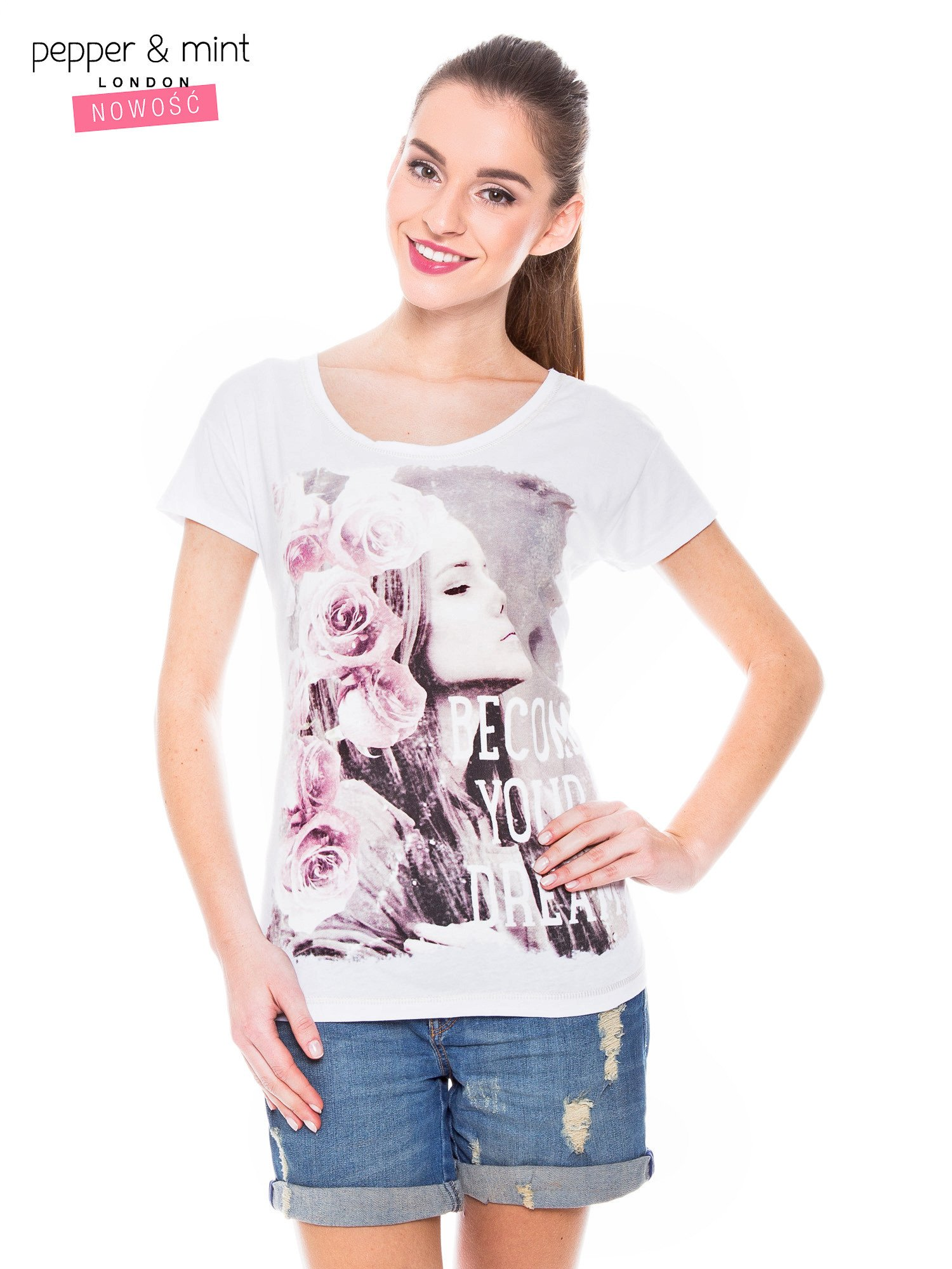 Biały t-shirt z nadrukiem dziewczyny                                  zdj.                                  2