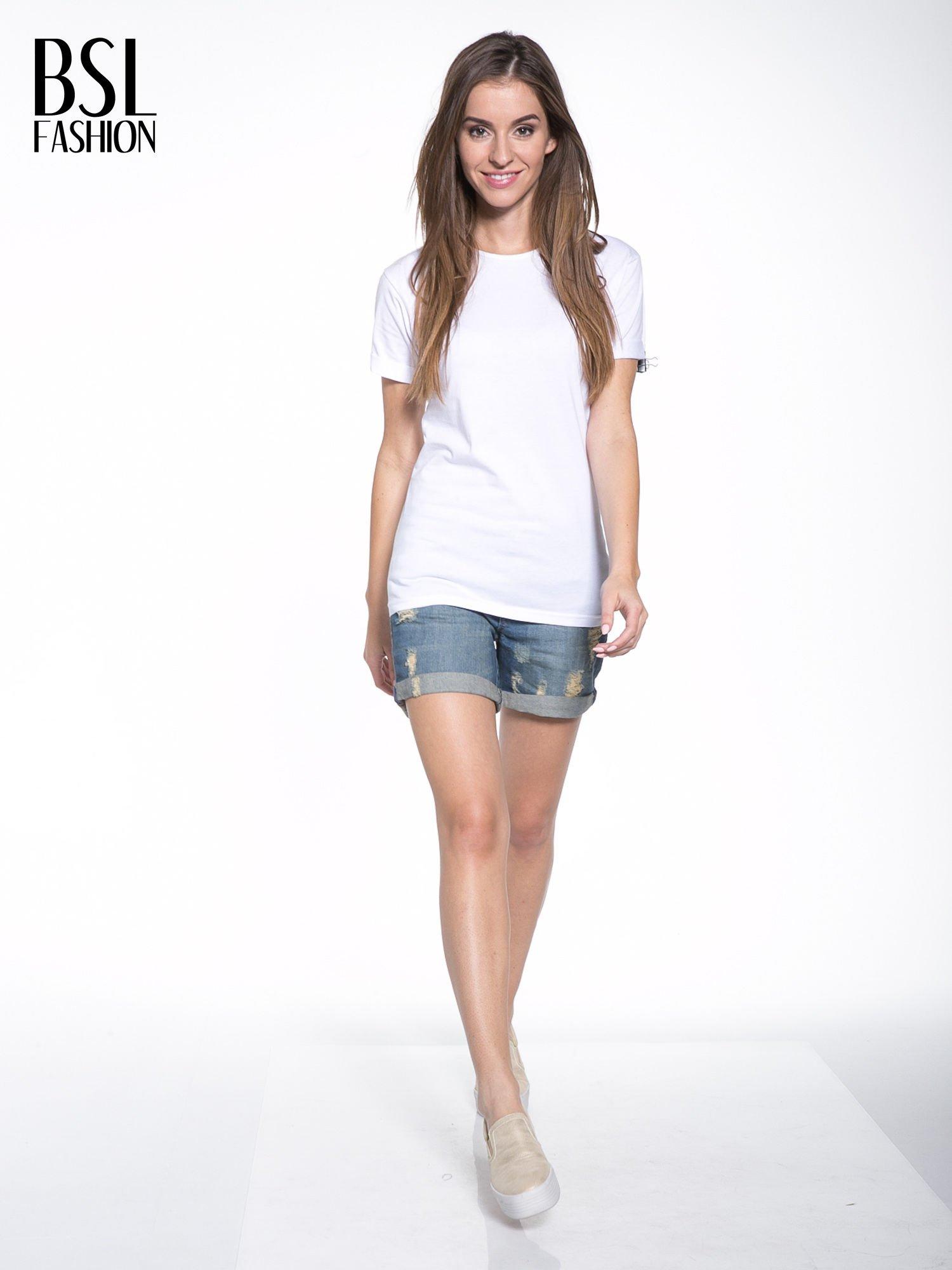 Biały t-shirt z nadrukiem numerycznym KAWAKUBO 42 z tyłu                                   zdj.                                  6
