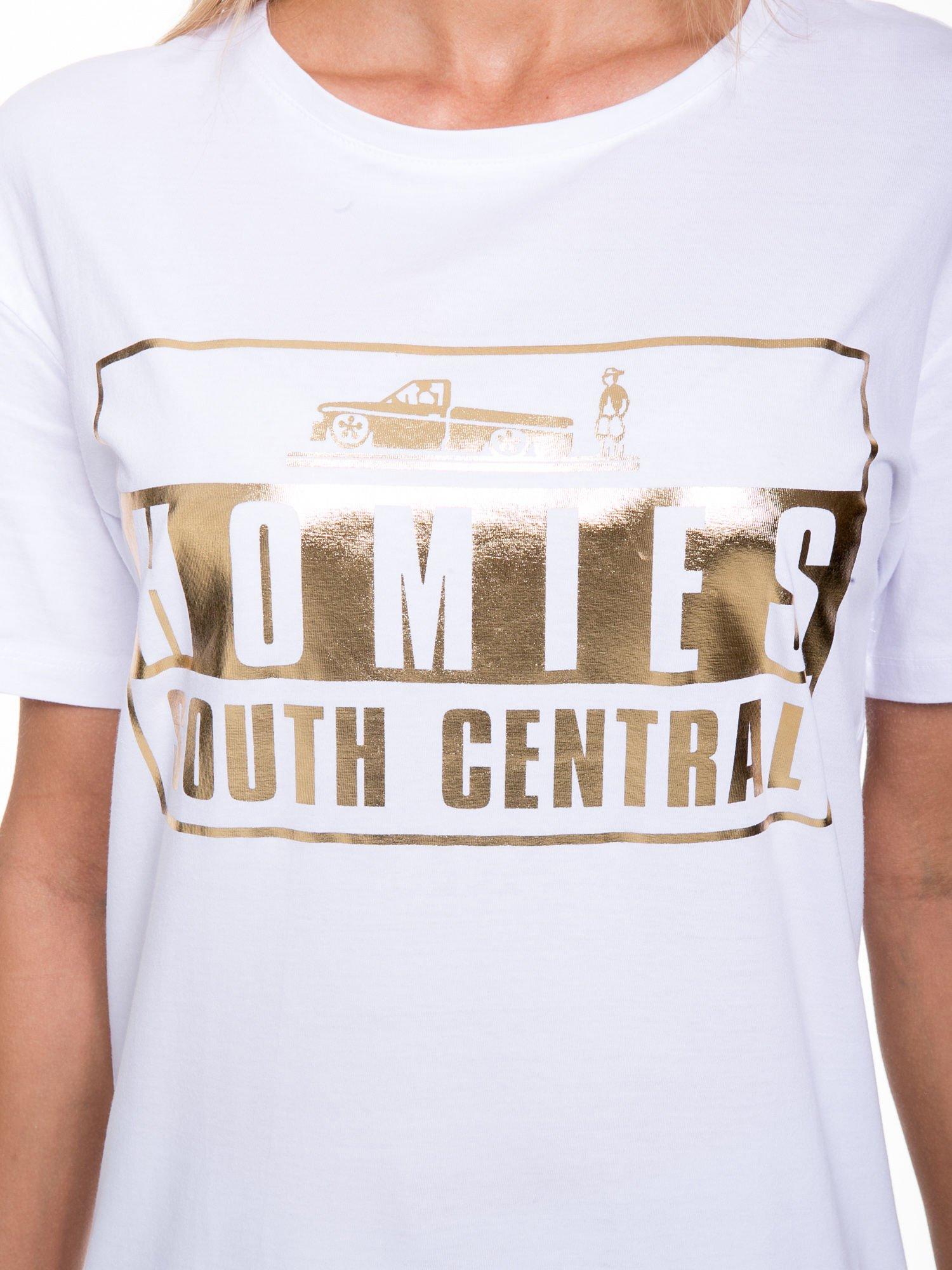 Biały t-shirt ze złotym nadrukiem HOMIES SOUTH CENTRAL                                  zdj.                                  6