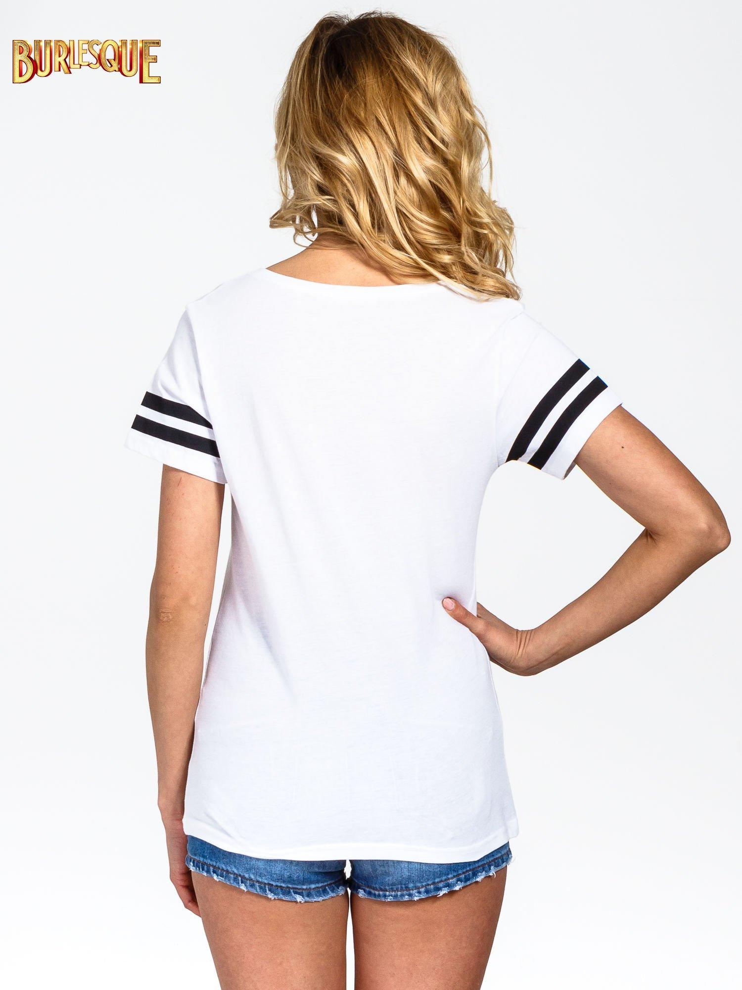 Biały t-shirt ze złotym napisem LOVE                                  zdj.                                  3