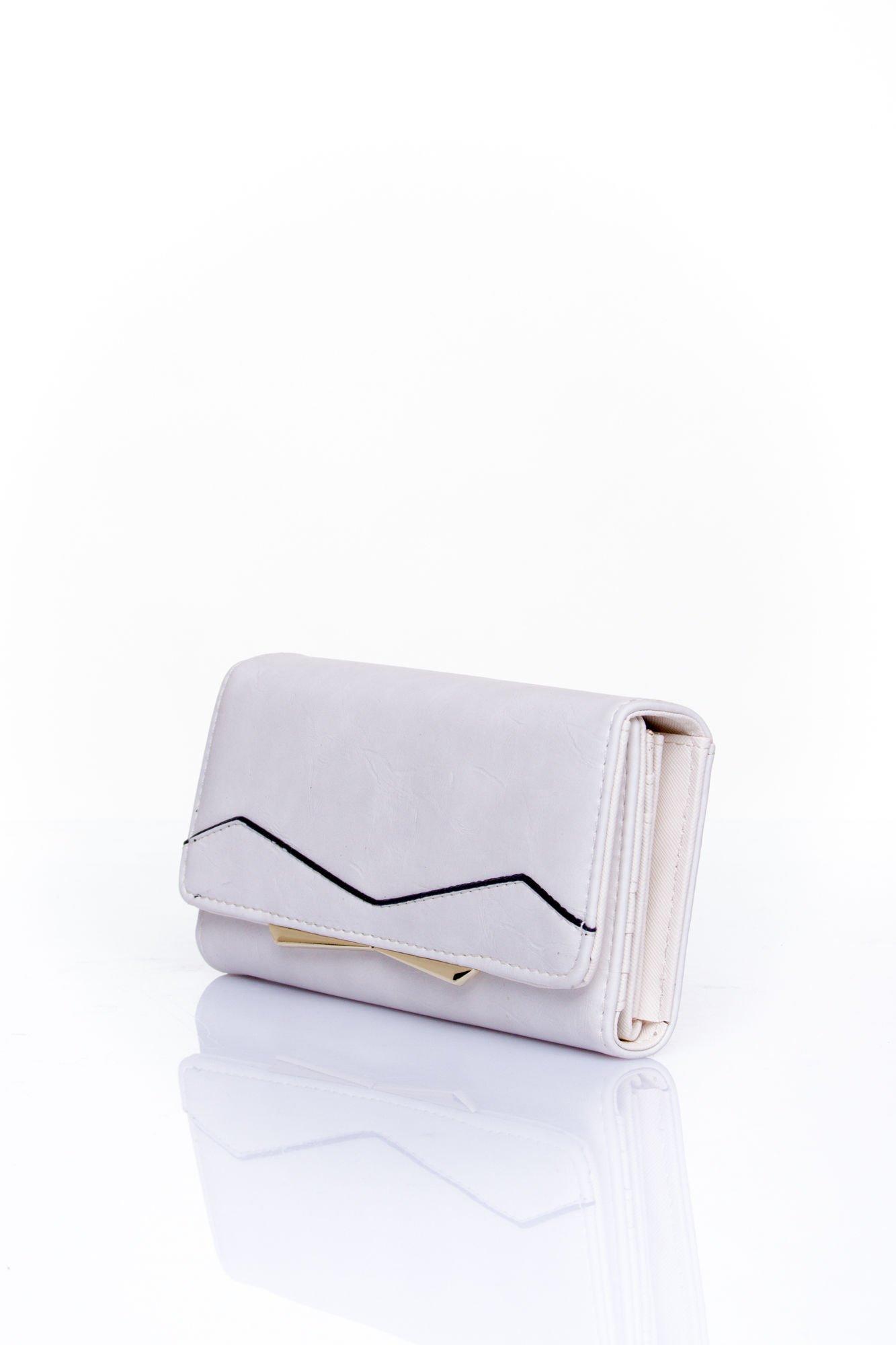 Biały zamszowy portfel z geometrycznym motywem                                  zdj.                                  3