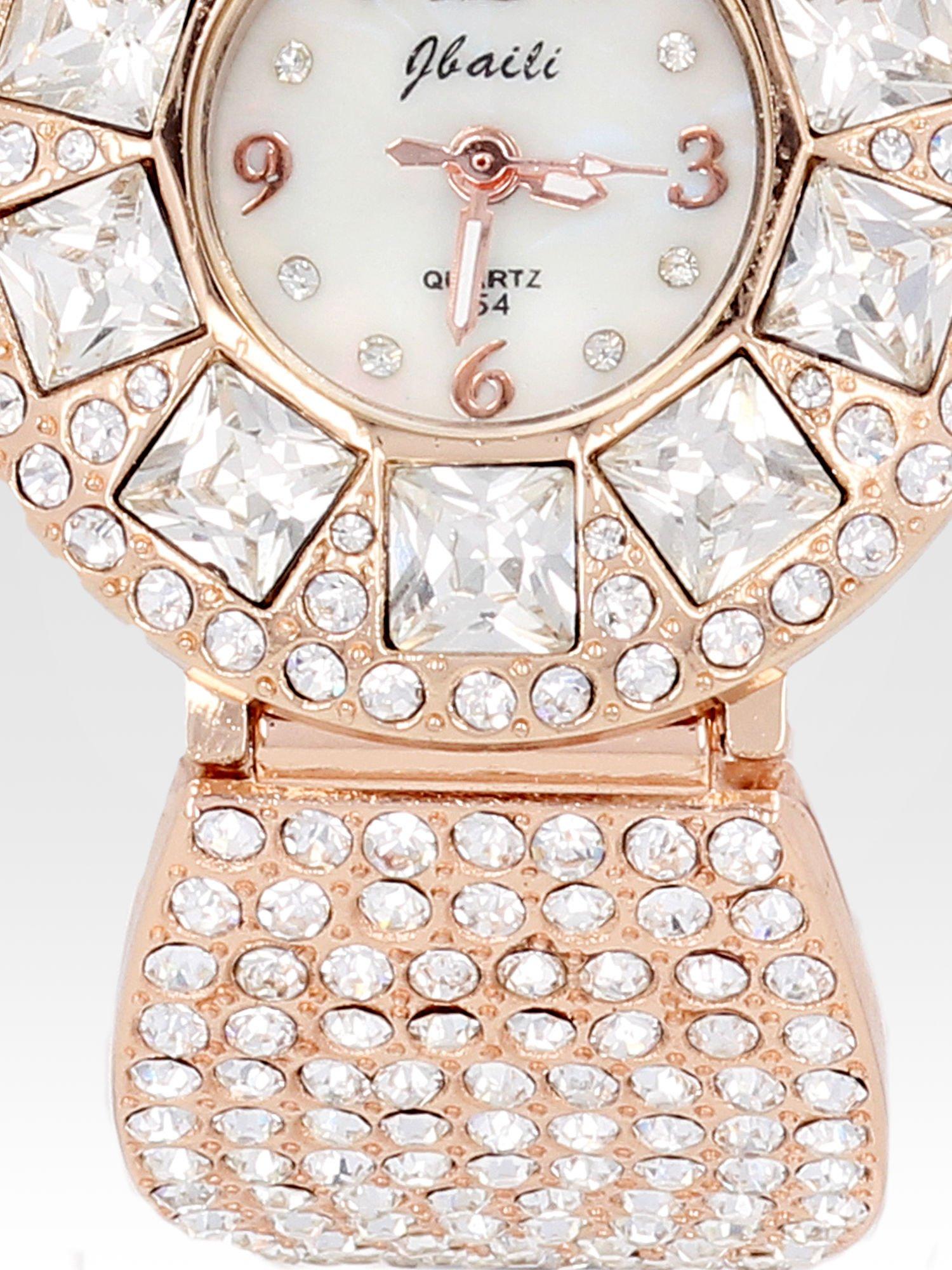 Biżuteryjny zegarek damski z różowego złota na bransolecie z cyrkoniami i kryształkami                                  zdj.                                  5