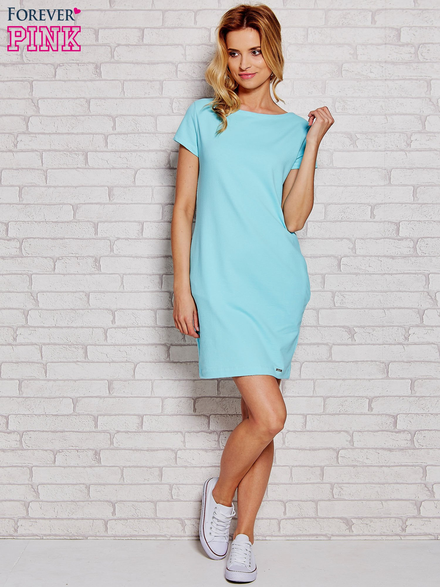 b02c38df82 Błękitna sukienka dresowa z kieszeniami - Sukienka na co dzień ...