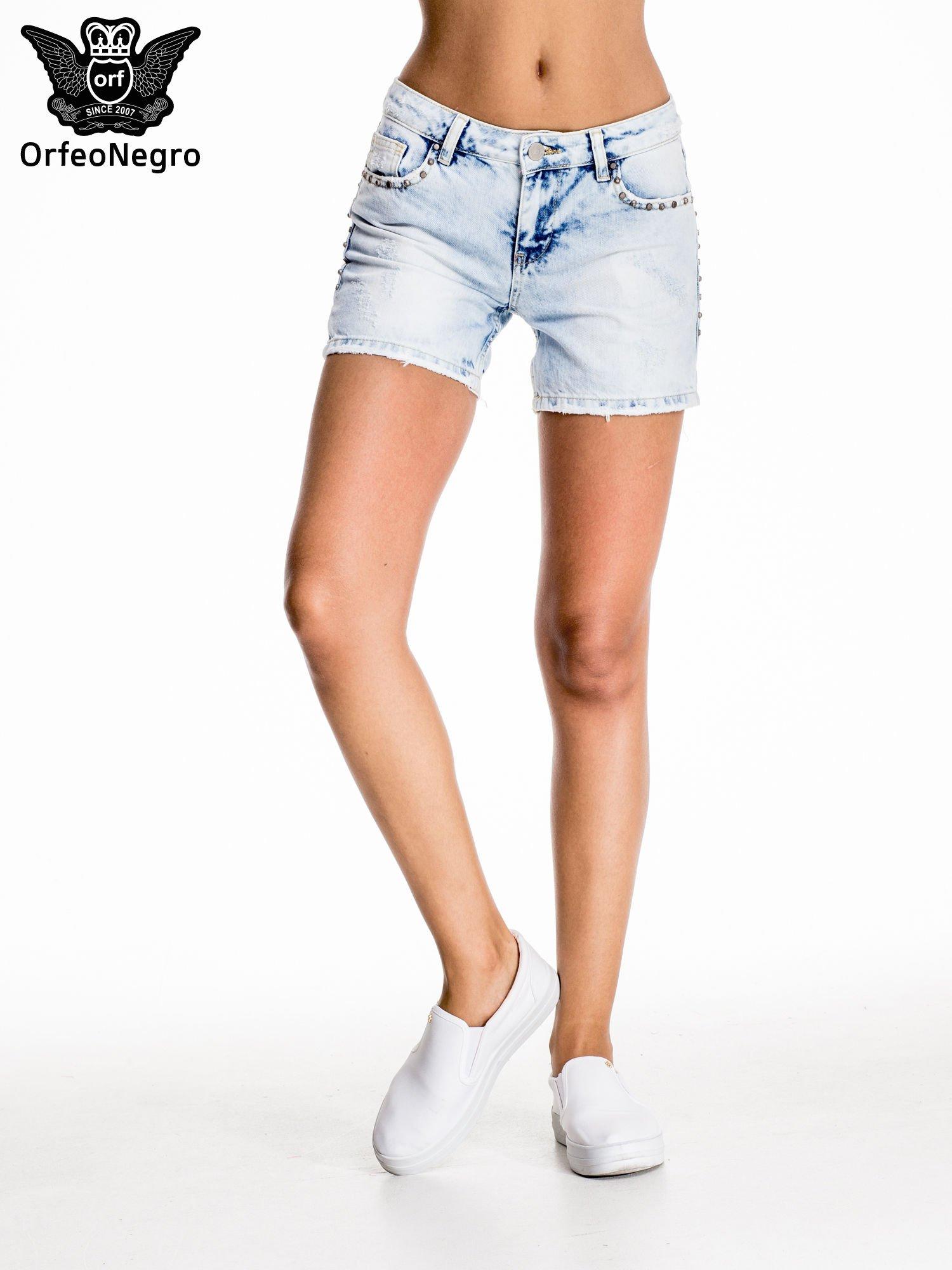 Błękitne jeansowe szorty z dżetami                                  zdj.                                  3