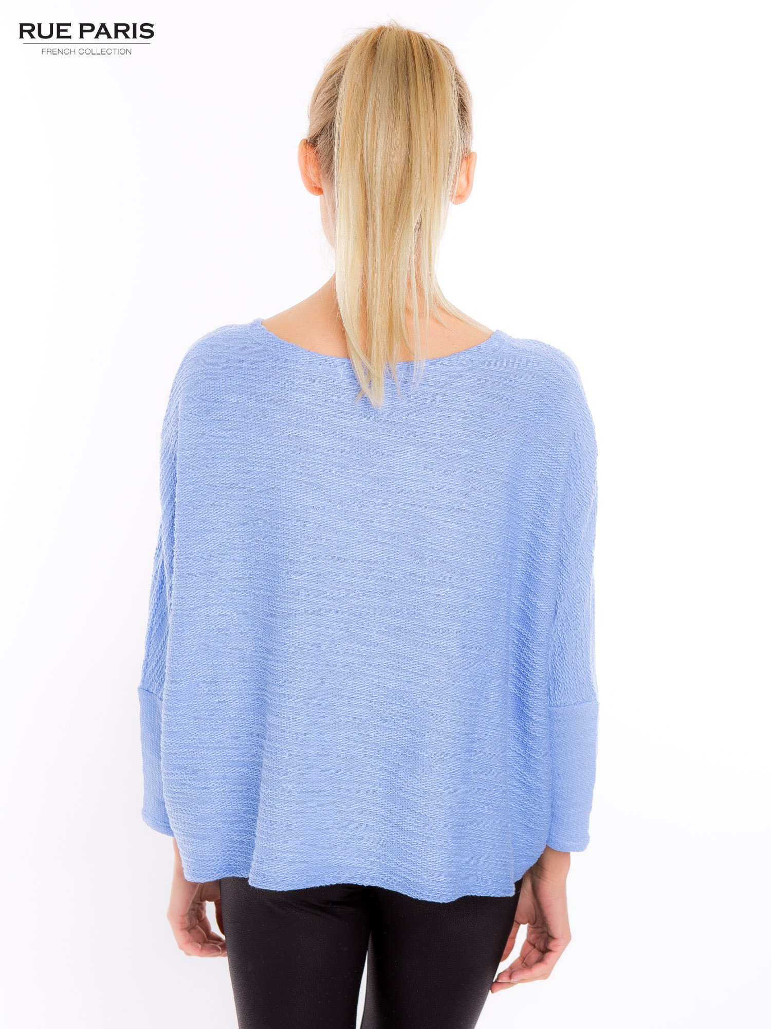 Bluzka o luźnym kroju w kolorze baby blue                                  zdj.                                  3
