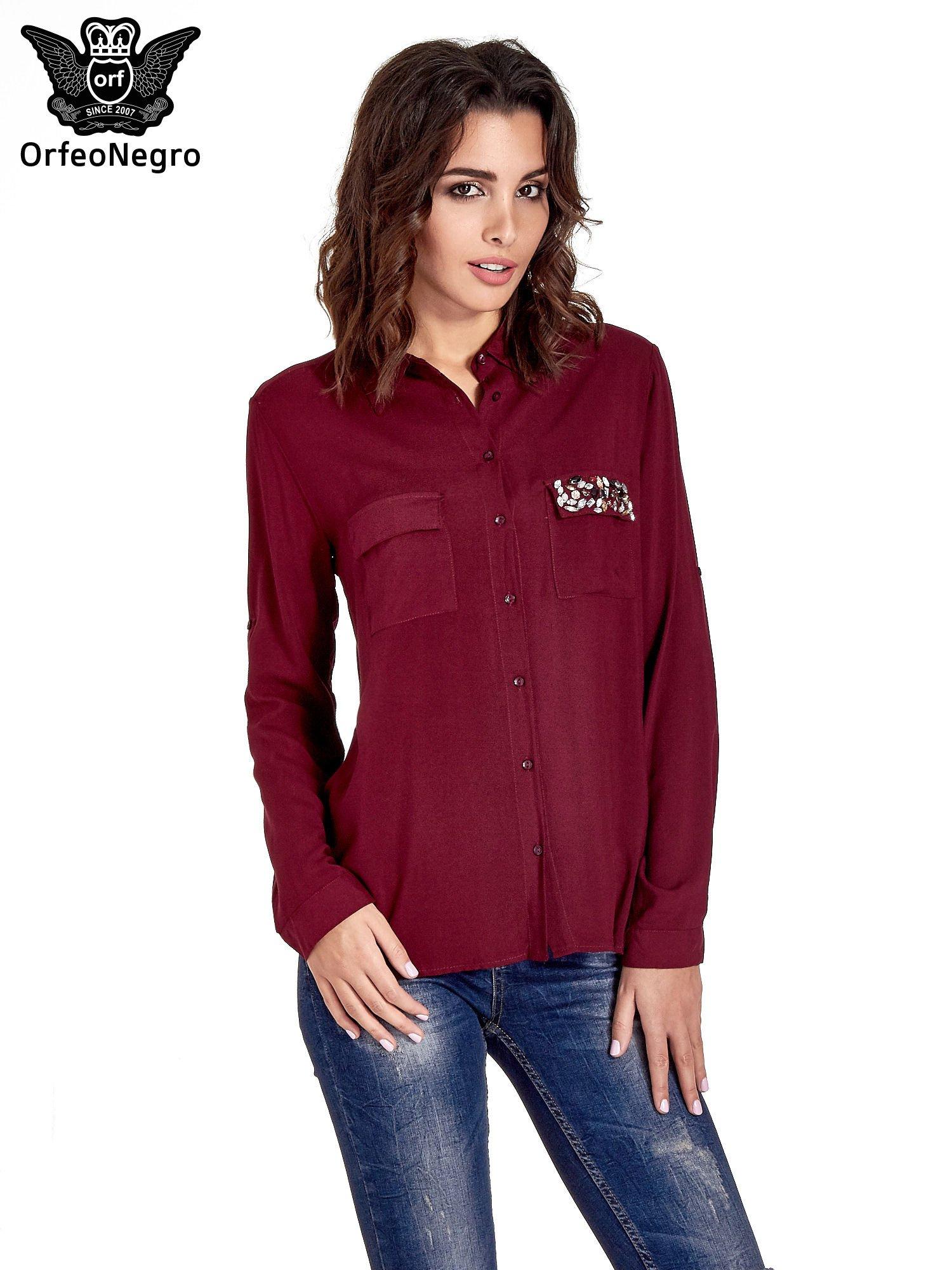 Bordowa koszula z biżuteryjną kieszonką                                  zdj.                                  1