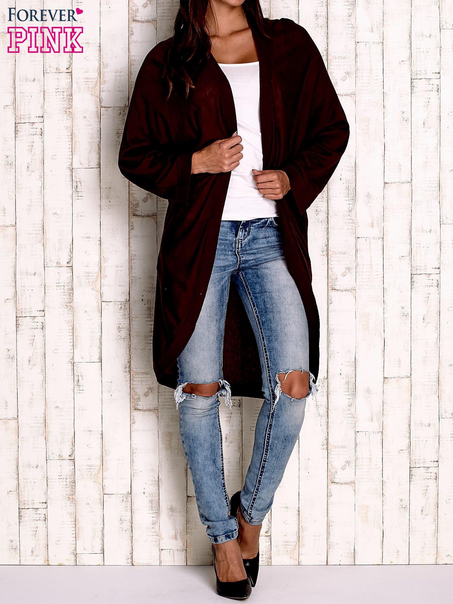 Bordowy otwarty sweter z kieszeniami                                  zdj.                                  4