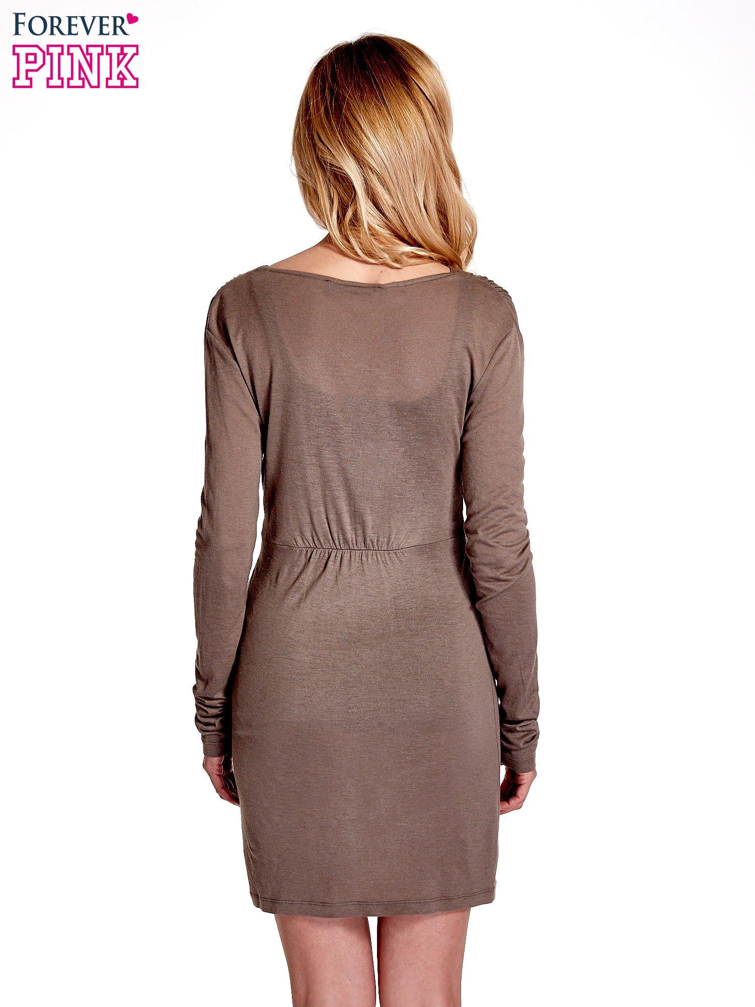 Brązowa drapowana sukienka                                   zdj.                                  4