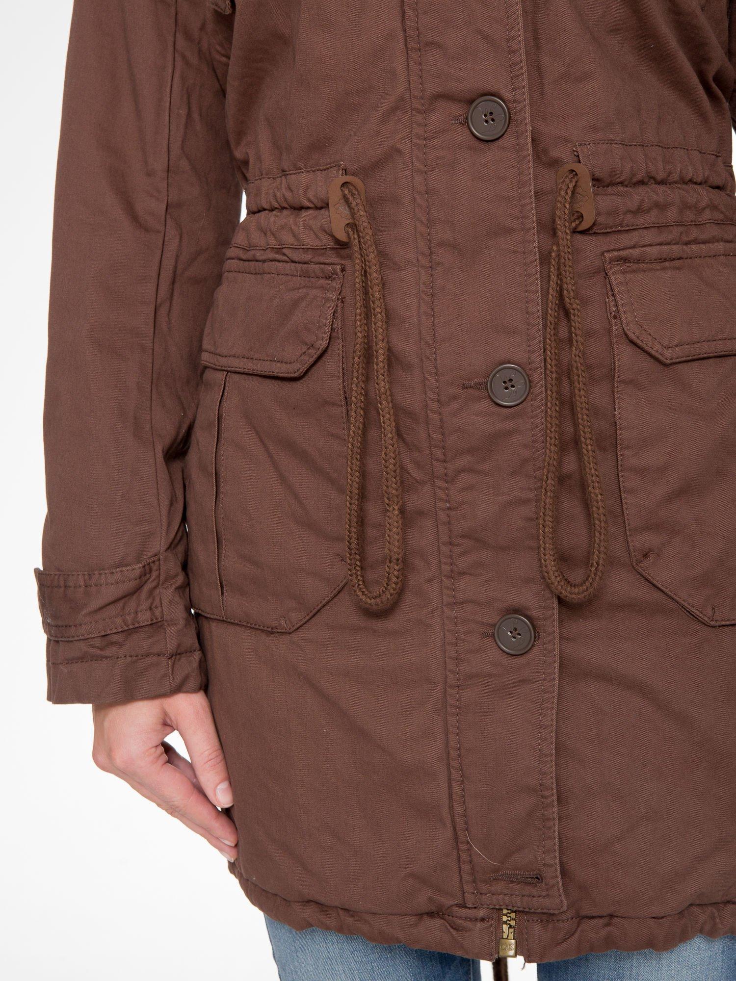 Brązowa kurtka typu parka z futrzanym kapturem                                  zdj.                                  8