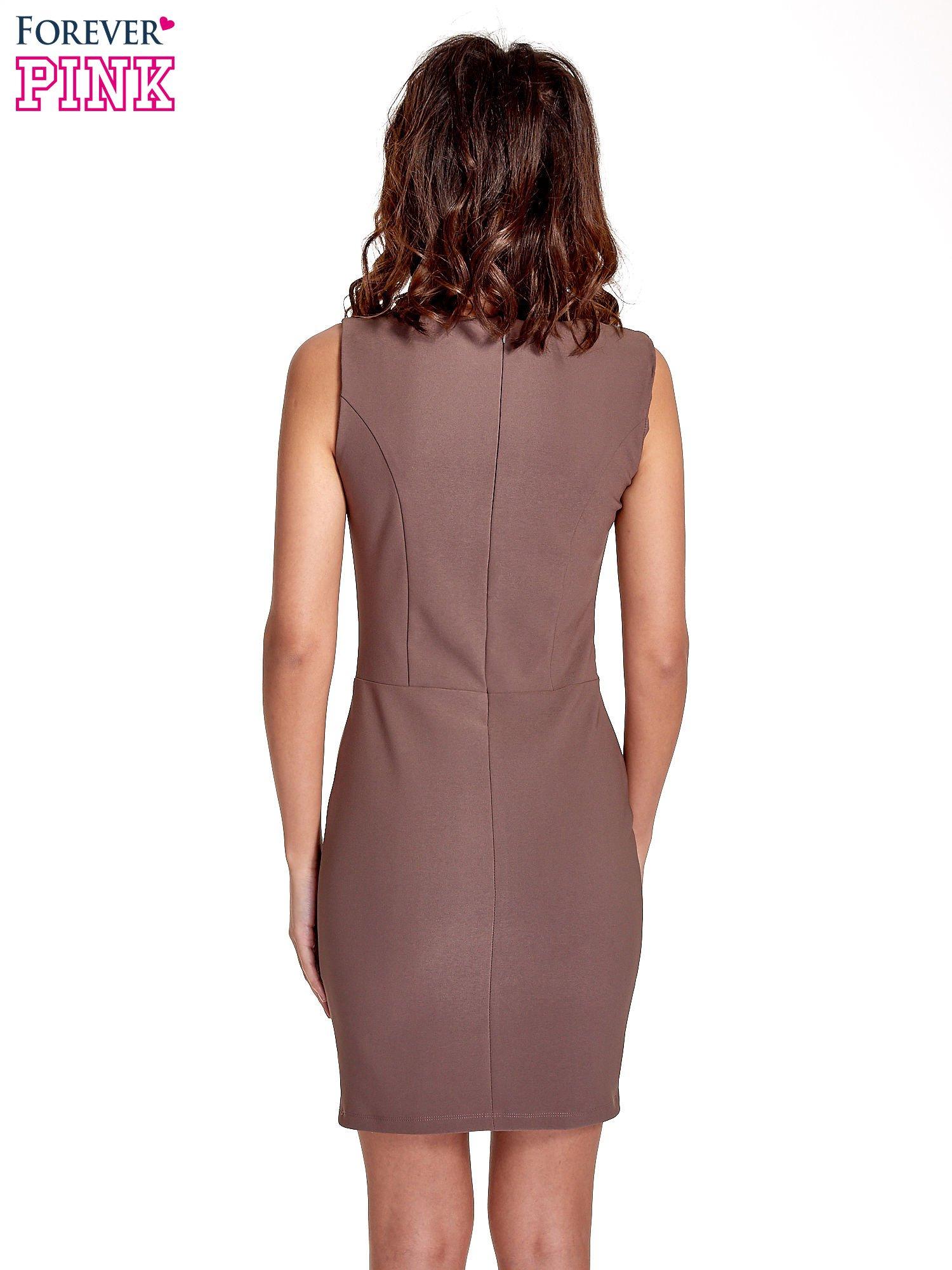 Brązowa sukienka ze sznurowaniem                                  zdj.                                  4