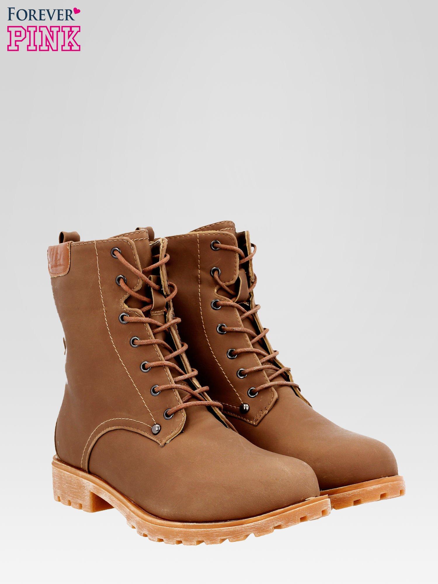 Brązowe damskie buty trekkingowe typu traperki                                  zdj.                                  2