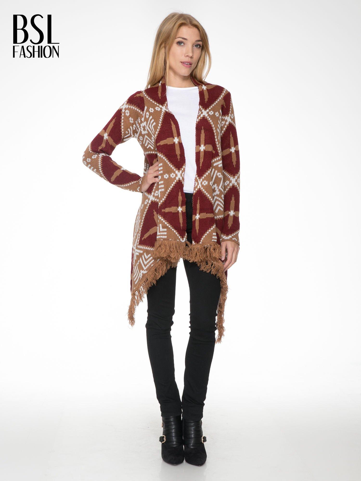 Brązowy sweter narzutka w azteckie wzory z frędzlami                                  zdj.                                  1