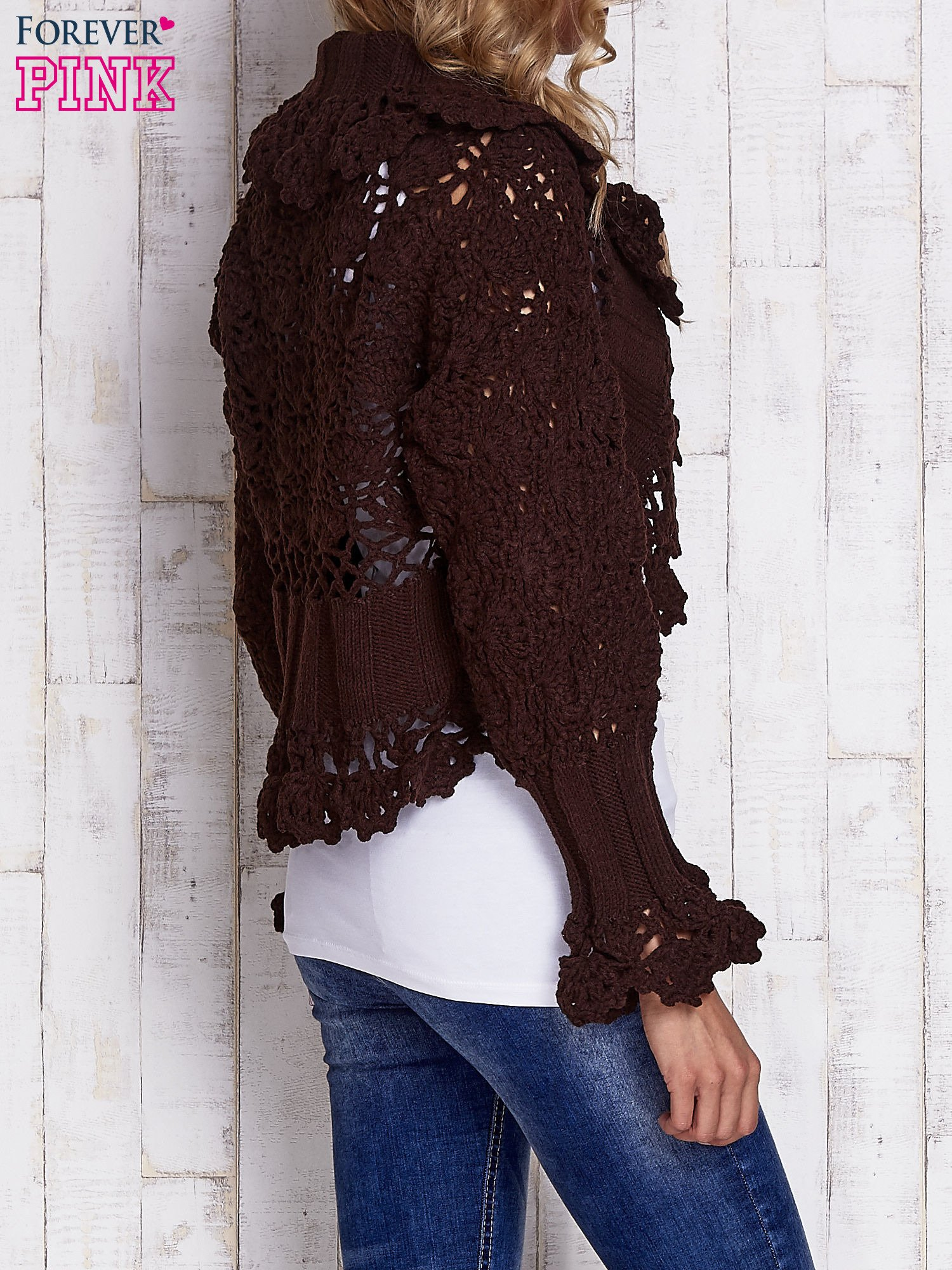 Brązowy sweter o szerokim splocie z wiązaniem                                  zdj.                                  2