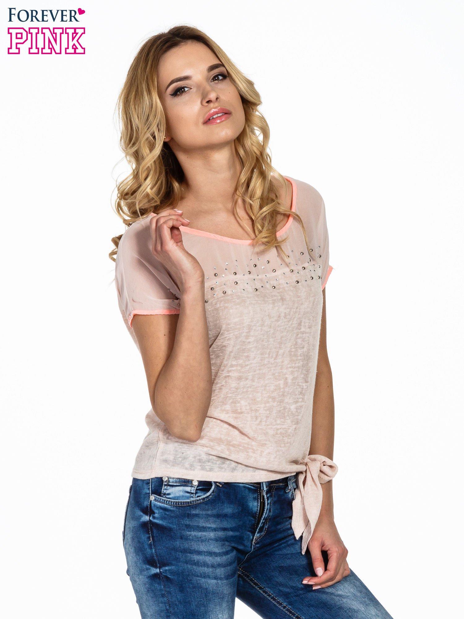 Brzoskwiniowy t-shirt z wiązaniem z boku                                  zdj.                                  1