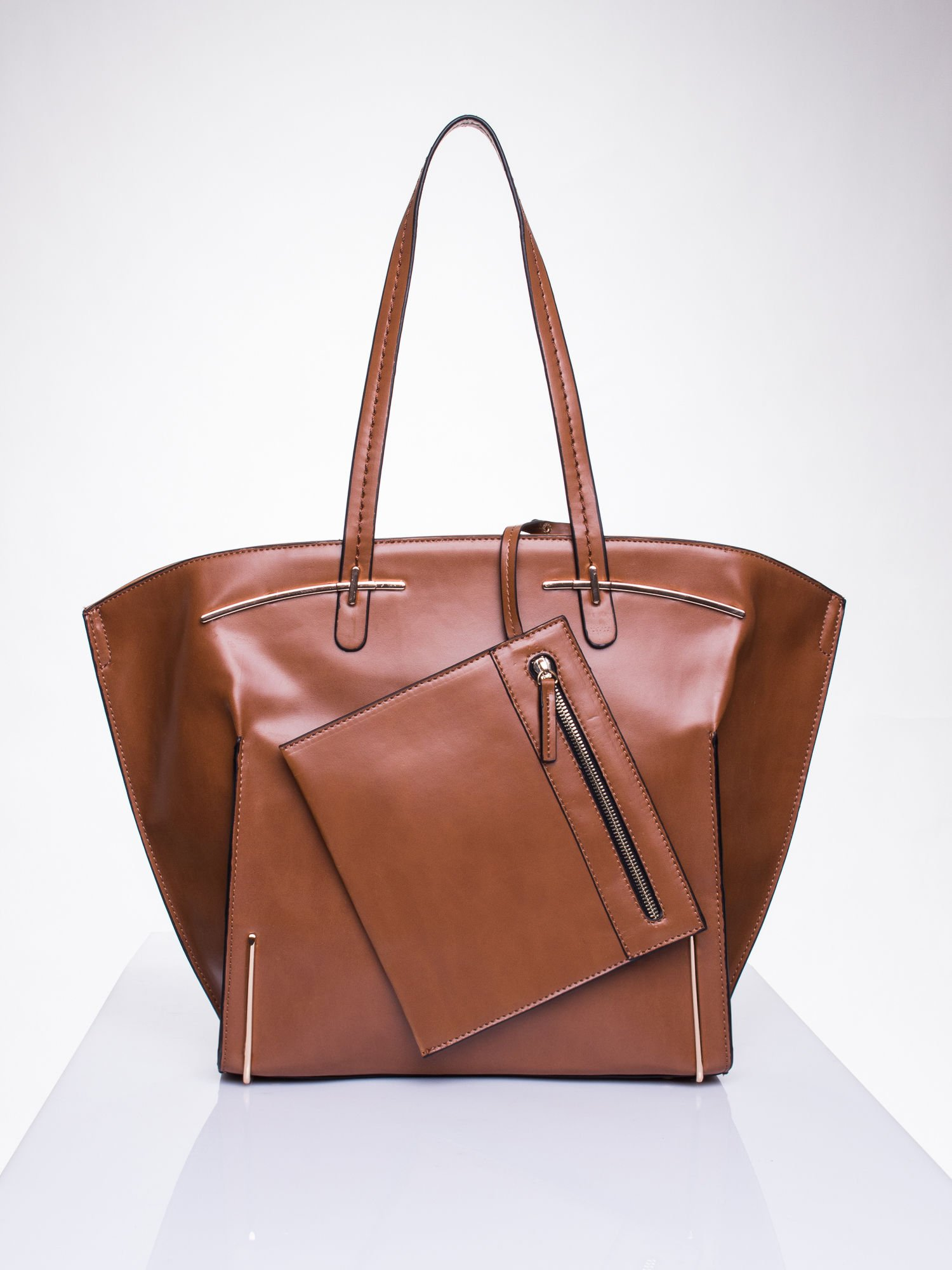 Camelowa torba z doczepianą saszetką                                  zdj.                                  1