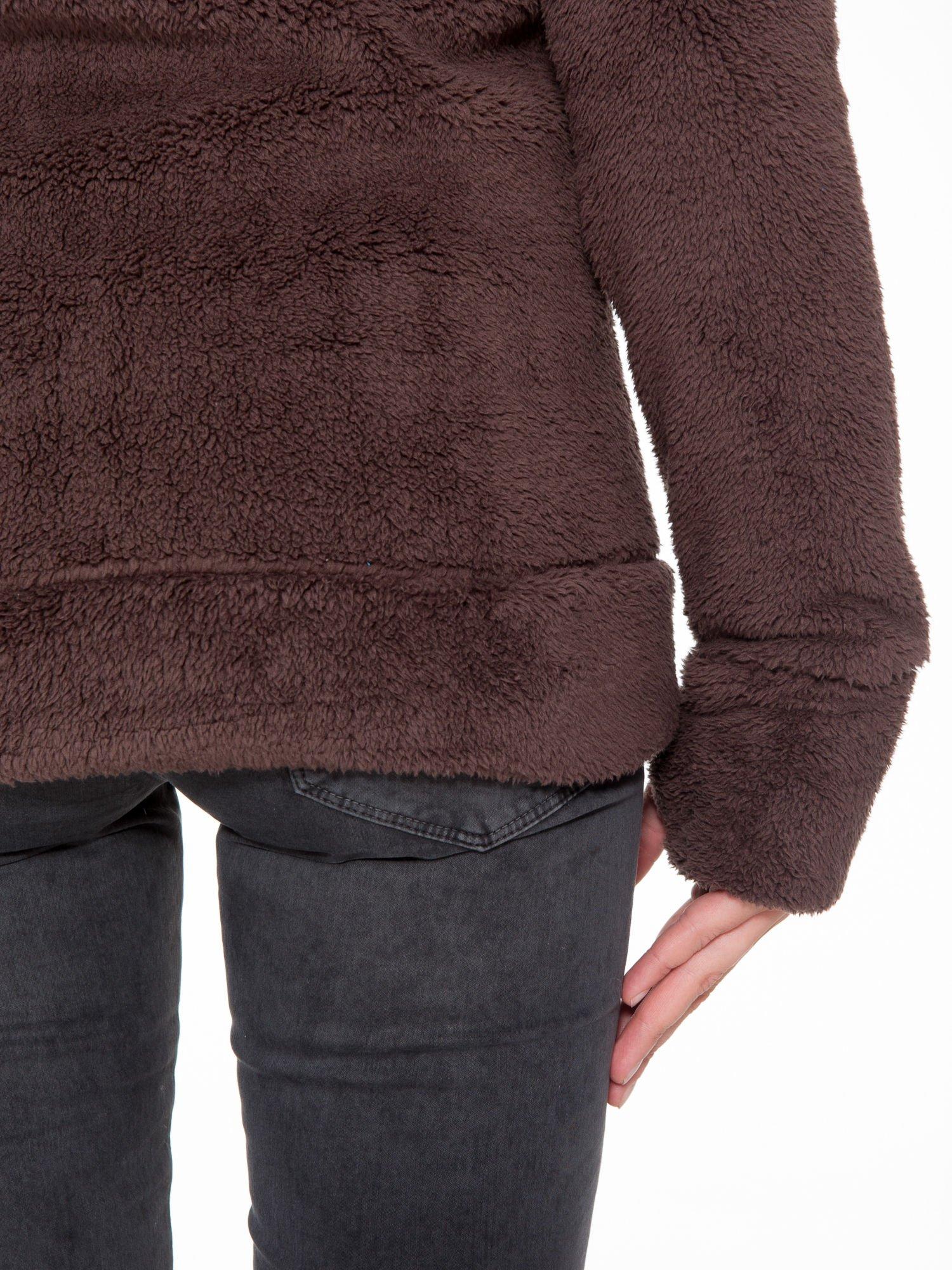 Ciemnobrązowa polarowa bluza miś z kapturem z uszkami i pomponami                                  zdj.                                  17