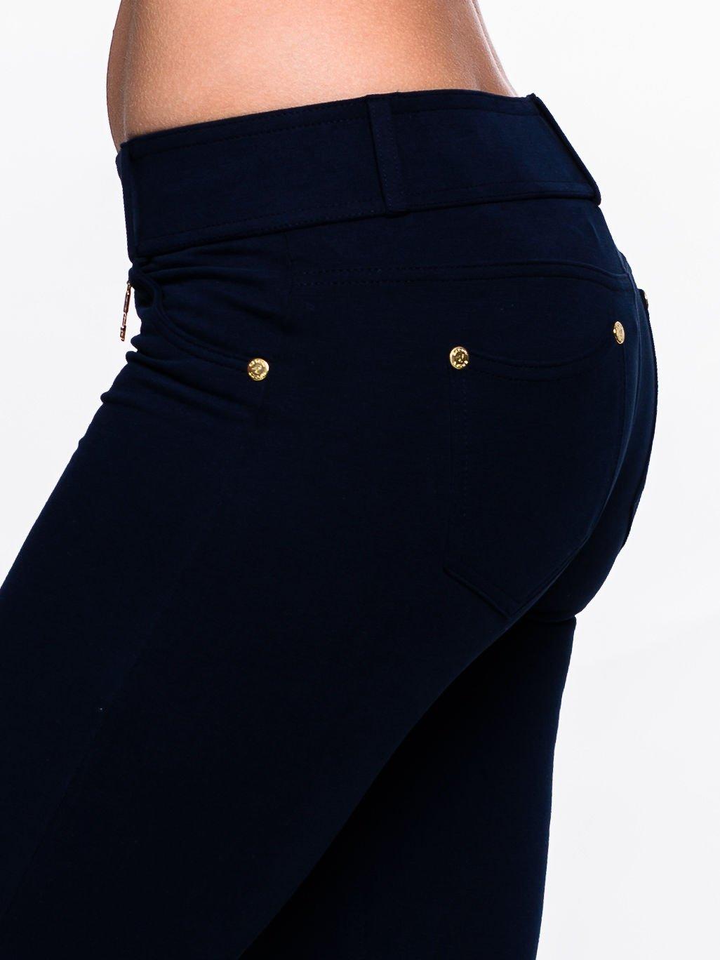 Ciemnogranatowe spodnie dresowe ze złotymi napami                                  zdj.                                  6