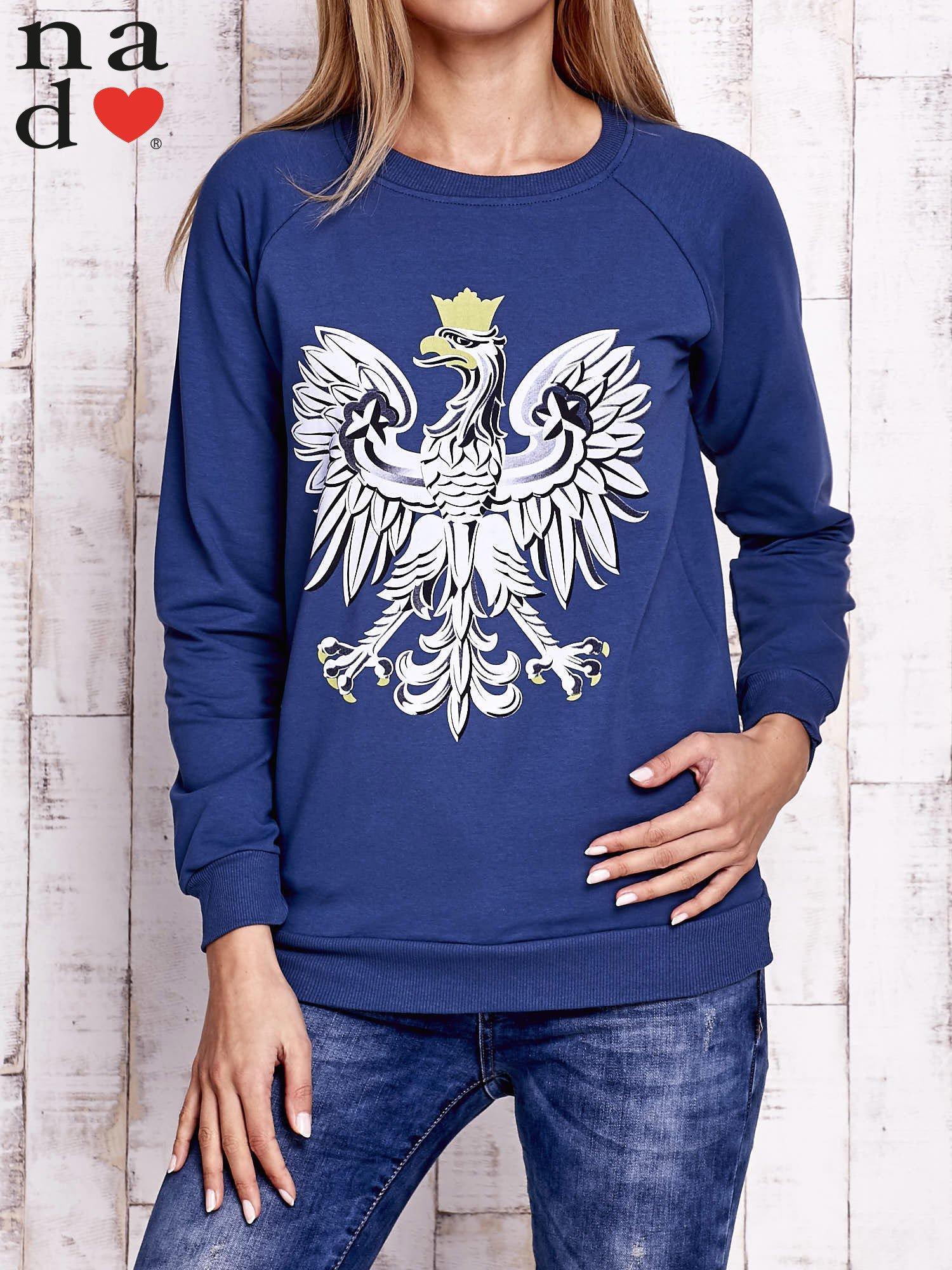 Ciemnoniebieska bluza z godłem                                  zdj.                                  1