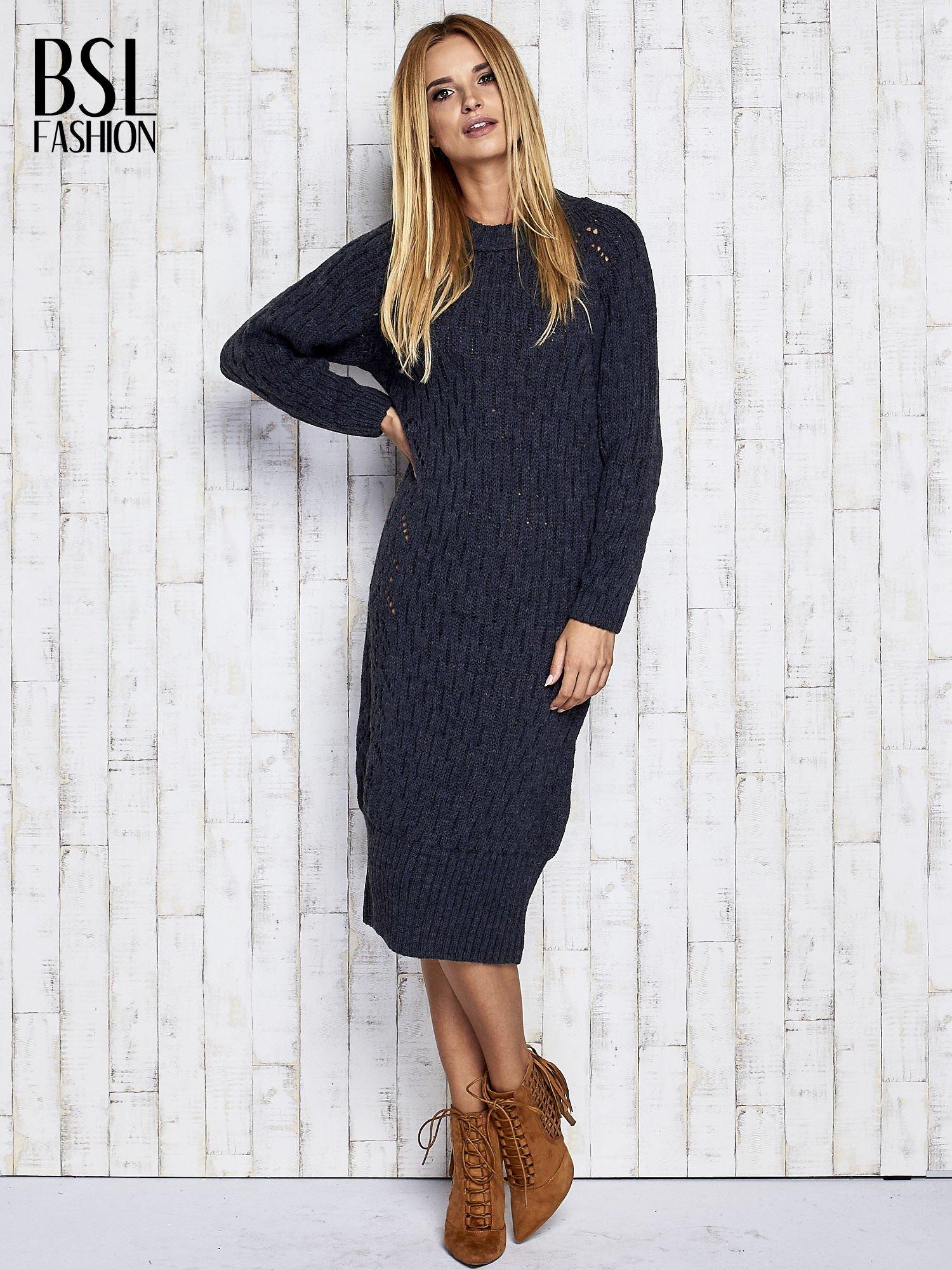 338ec4858037ff Ciemnoszara swetrowa sukienka midi - Sweter długi - sklep eButik.pl