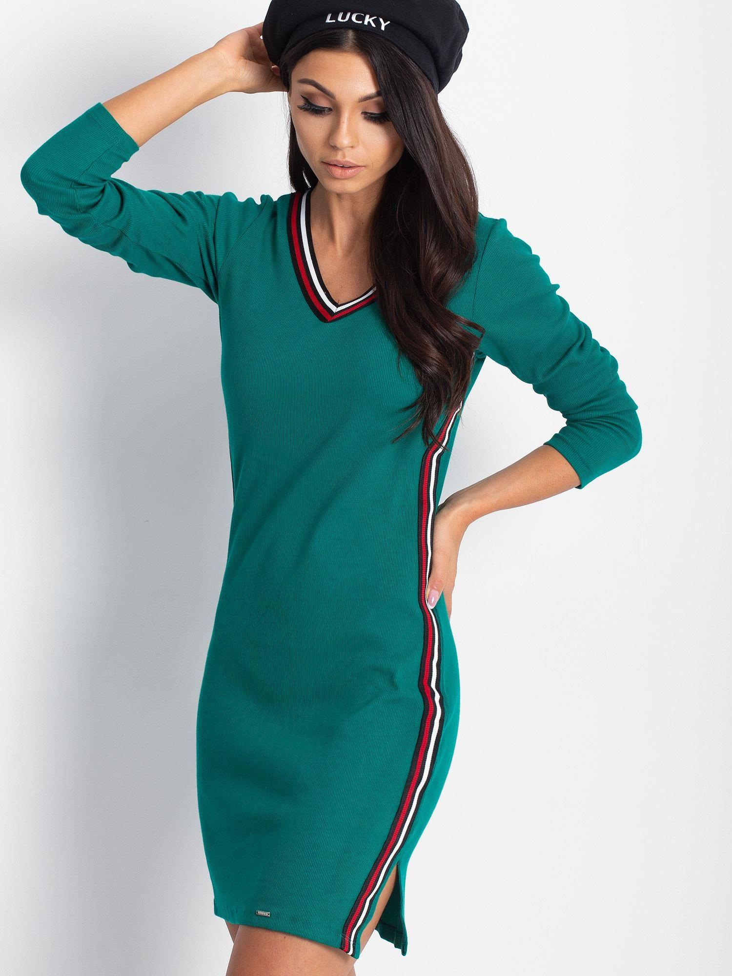 794b25b607 Granatowa dopasowana sukienka z lampasami - Sukienka dopasowana - sklep  eButik.pl
