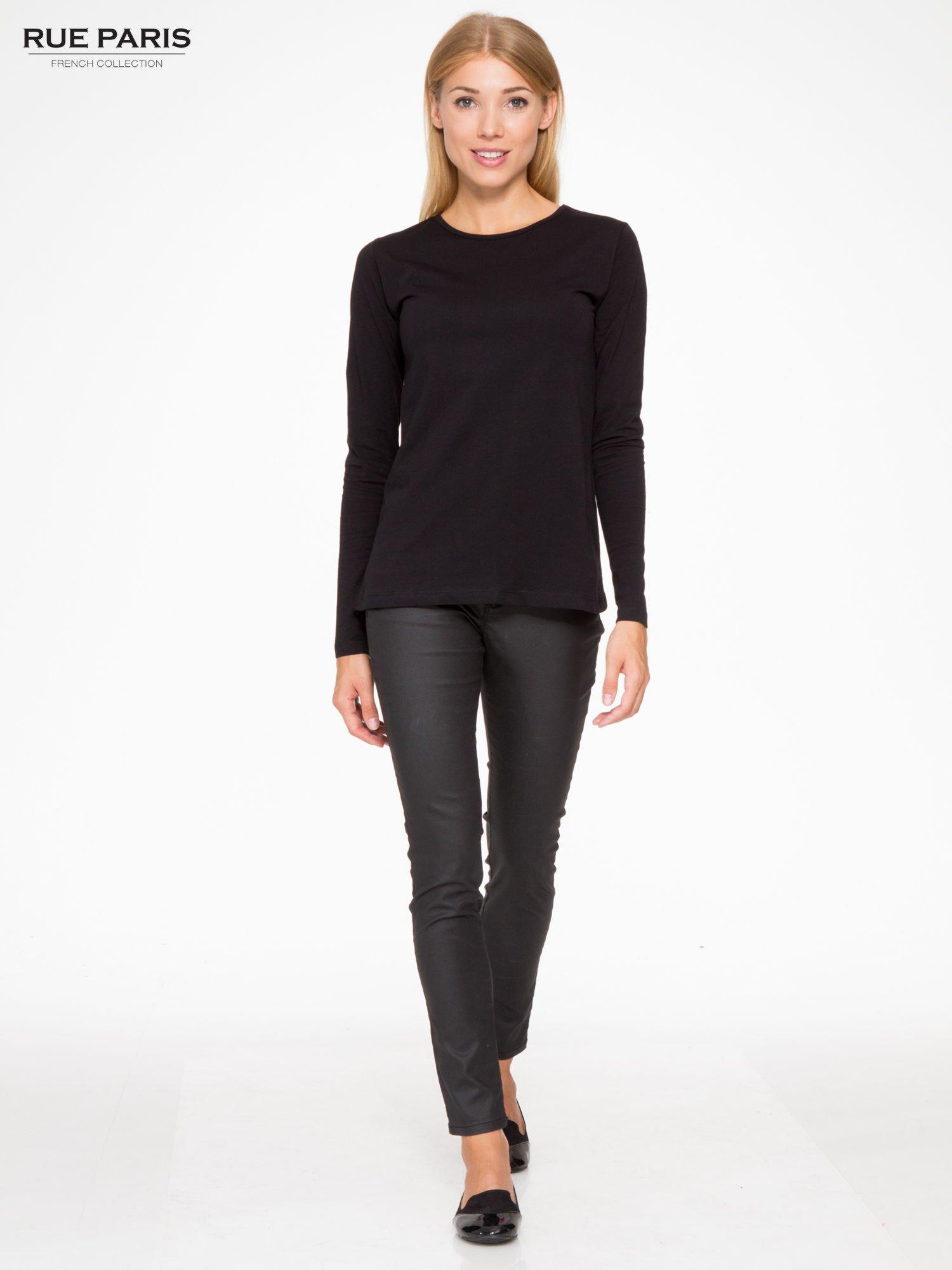 Czarna basicowa bluzka z długim rękawem                                  zdj.                                  2