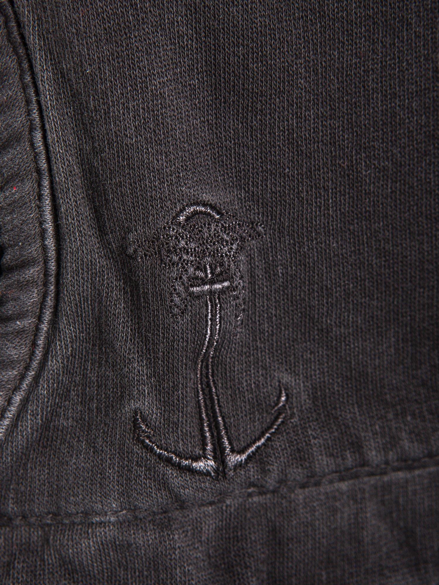 Czarna bluza z kapturem z efektem sprania                                  zdj.                                  4