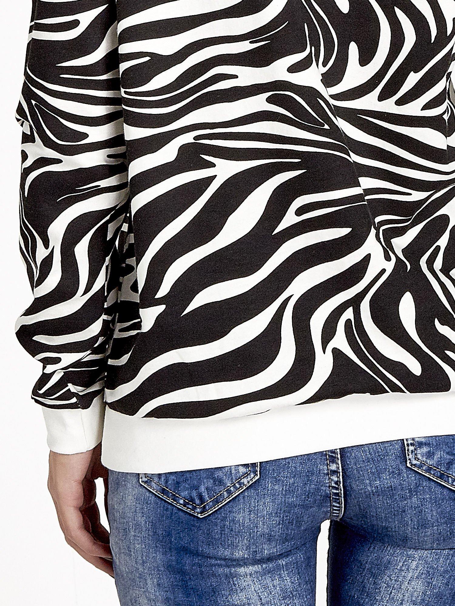 Czarna bluza z nadrukiem zebra print                                  zdj.                                  6